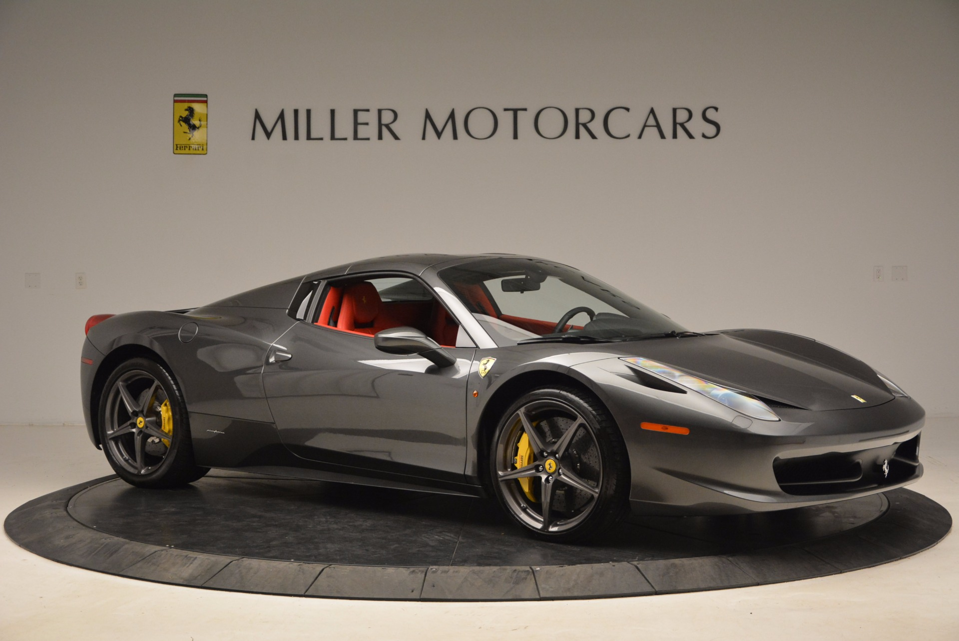 Used 2014 Ferrari 458 Spider  For Sale In Westport, CT 1734_p22