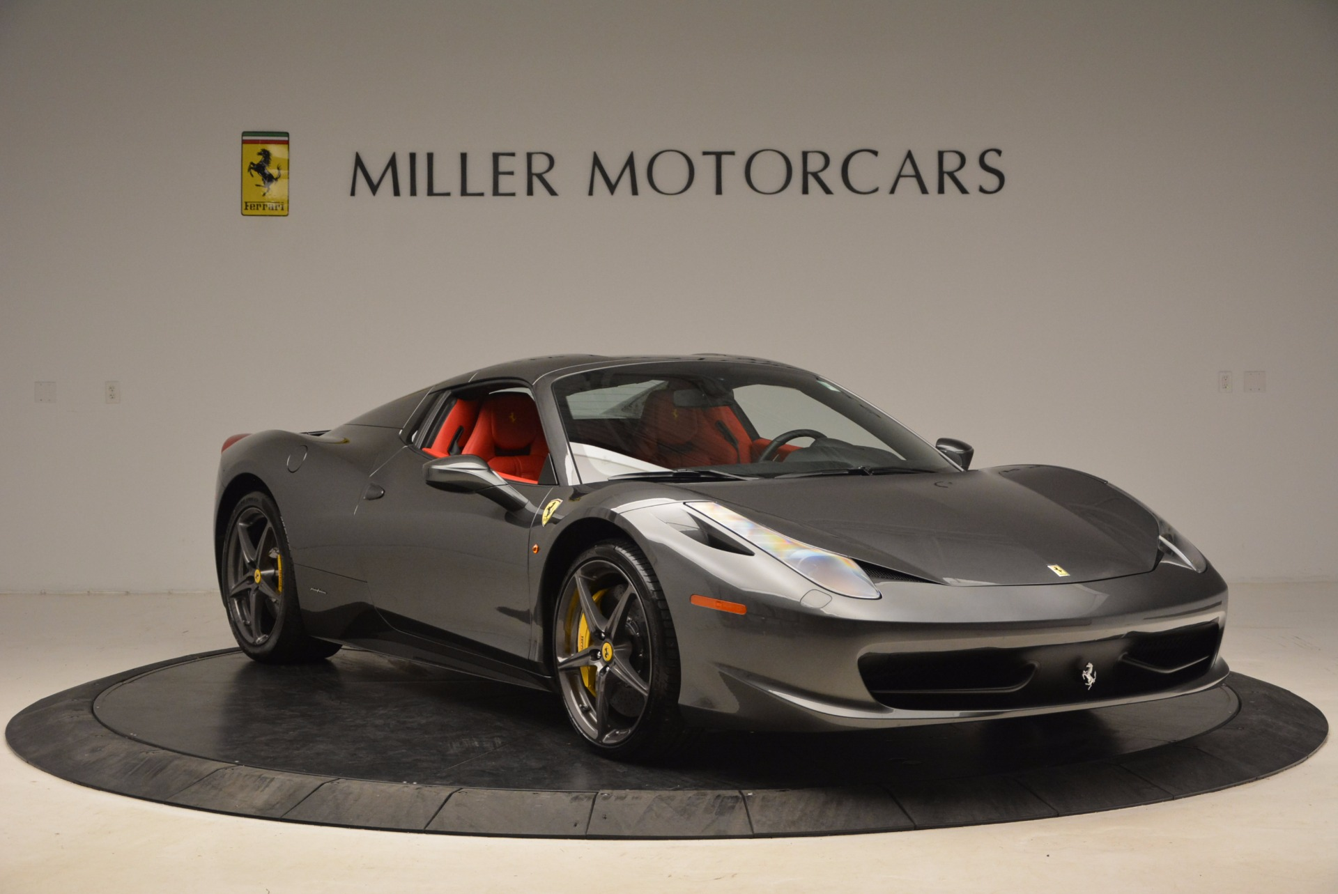 Used 2014 Ferrari 458 Spider  For Sale In Westport, CT 1734_p23