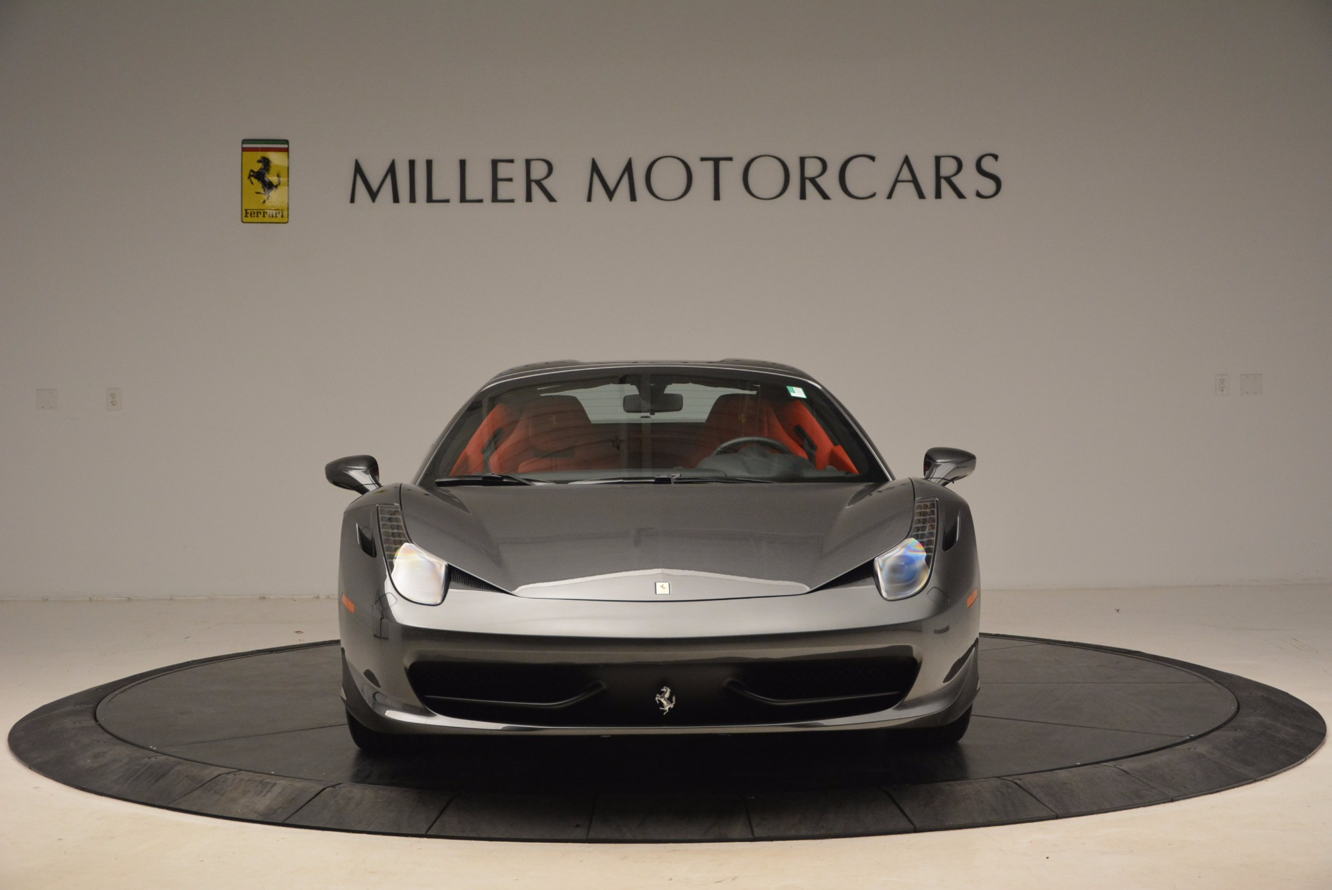 Used 2014 Ferrari 458 Spider  For Sale In Westport, CT 1734_p24