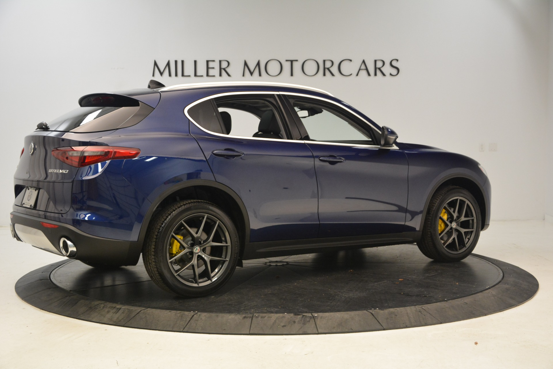 New 2018 Alfa Romeo Stelvio Sport Q4 For Sale In Westport, CT 1743_p8