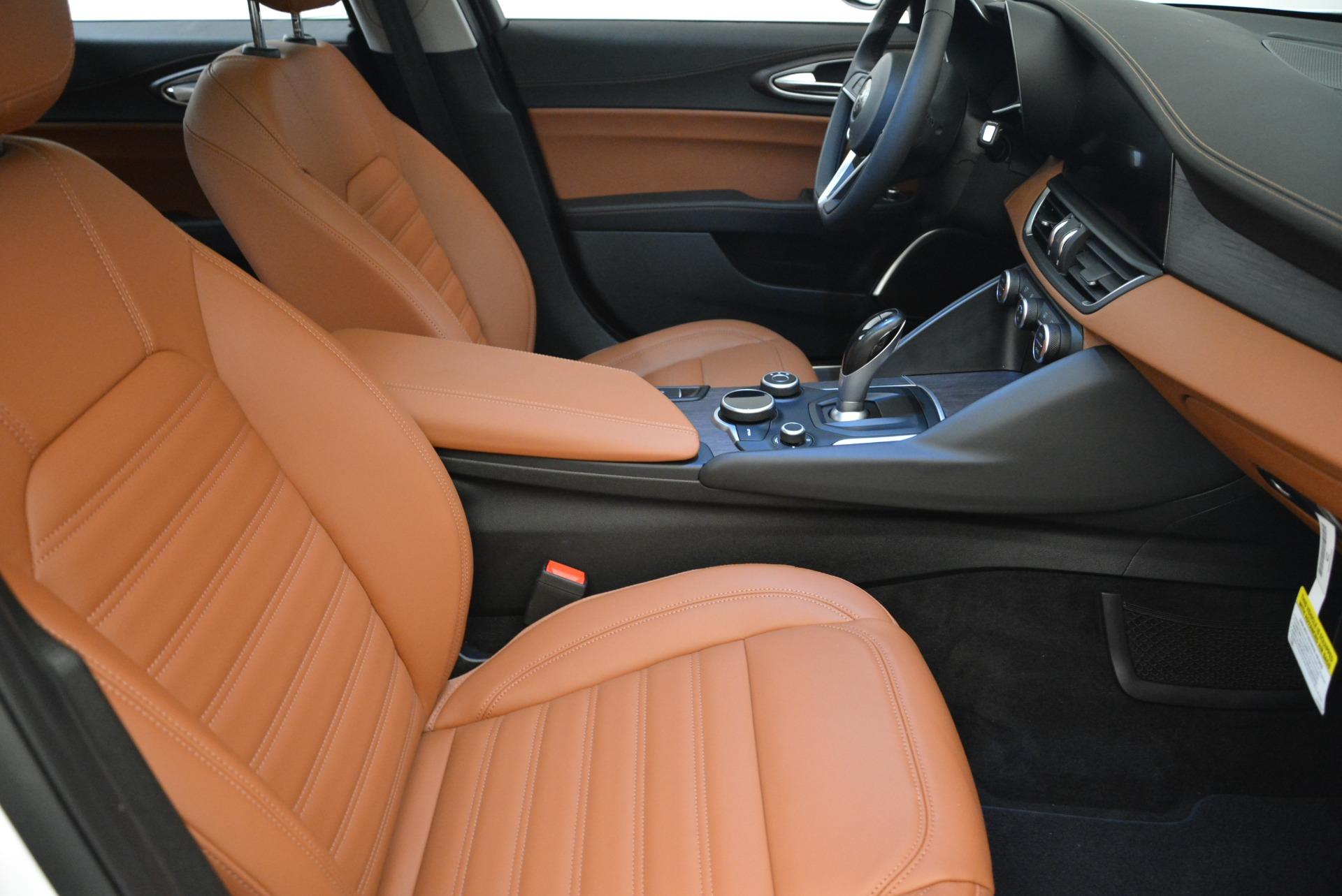New 2018 Alfa Romeo Giulia Ti Lusso Q4 For Sale In Westport, CT 1747_p20