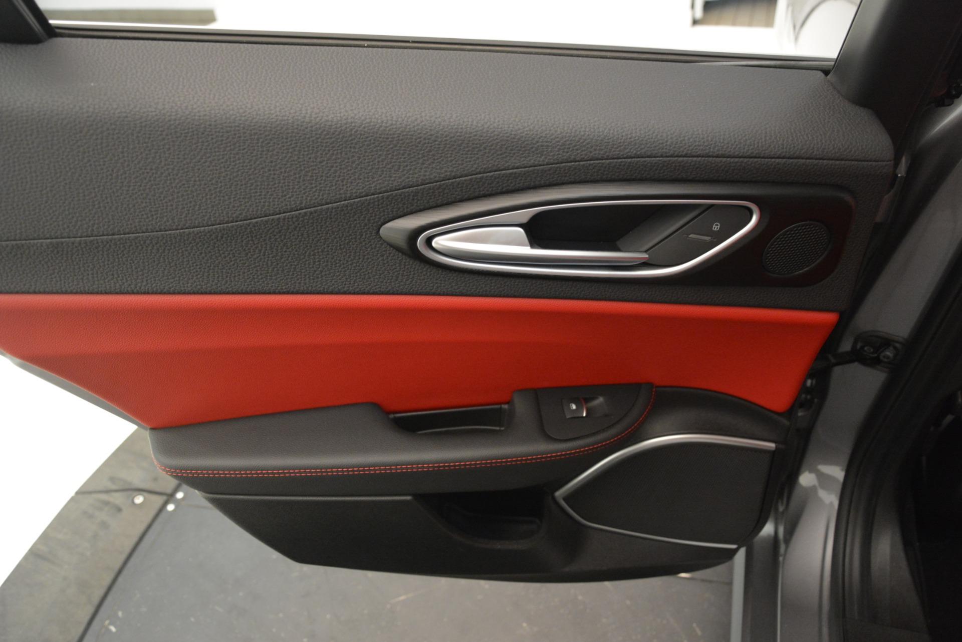 New 2018 Alfa Romeo Giulia Q4 For Sale In Westport, CT 1751_p21