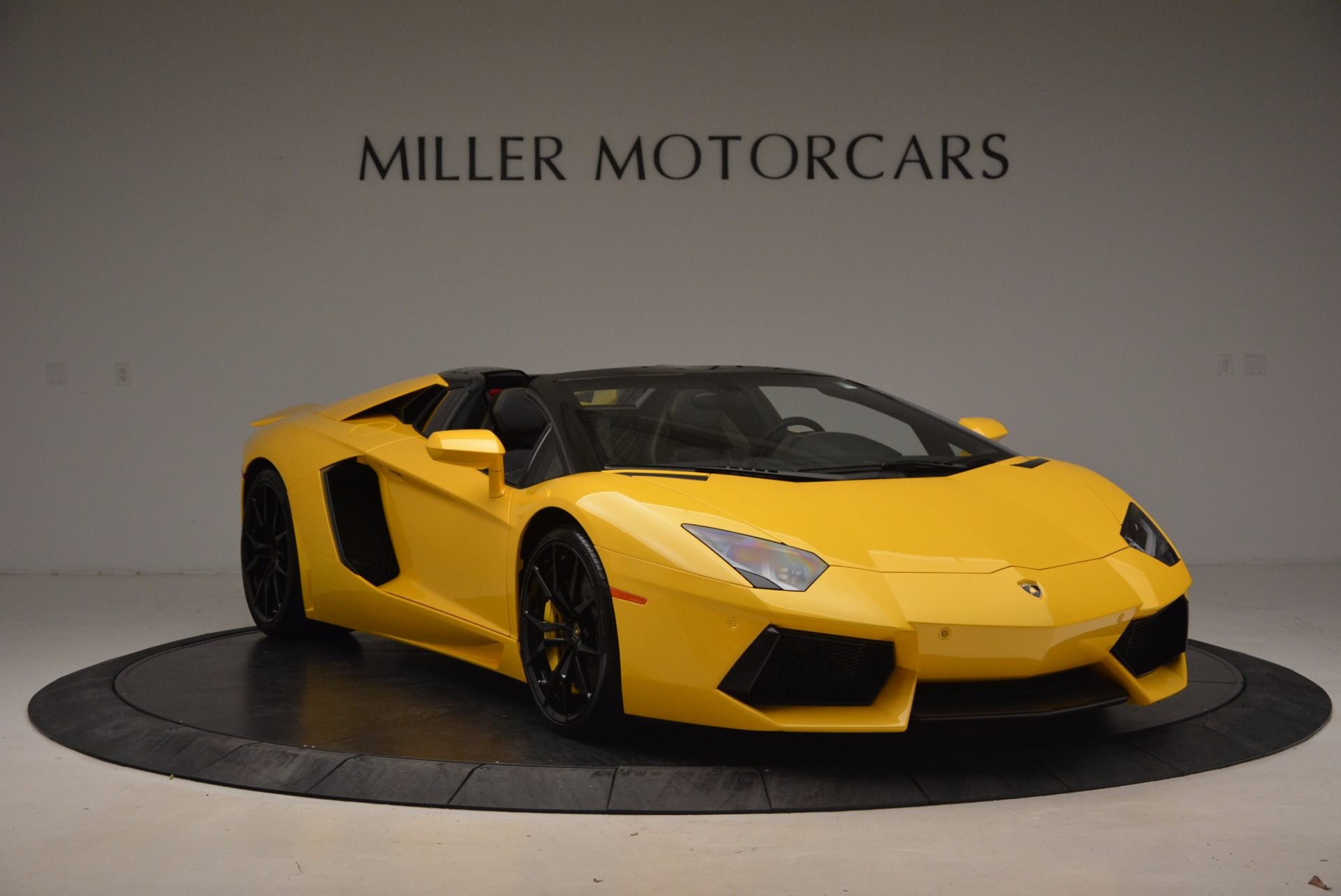 Used 2015 Lamborghini Aventador LP 700-4 Roadster For Sale In Westport, CT 1774_p12