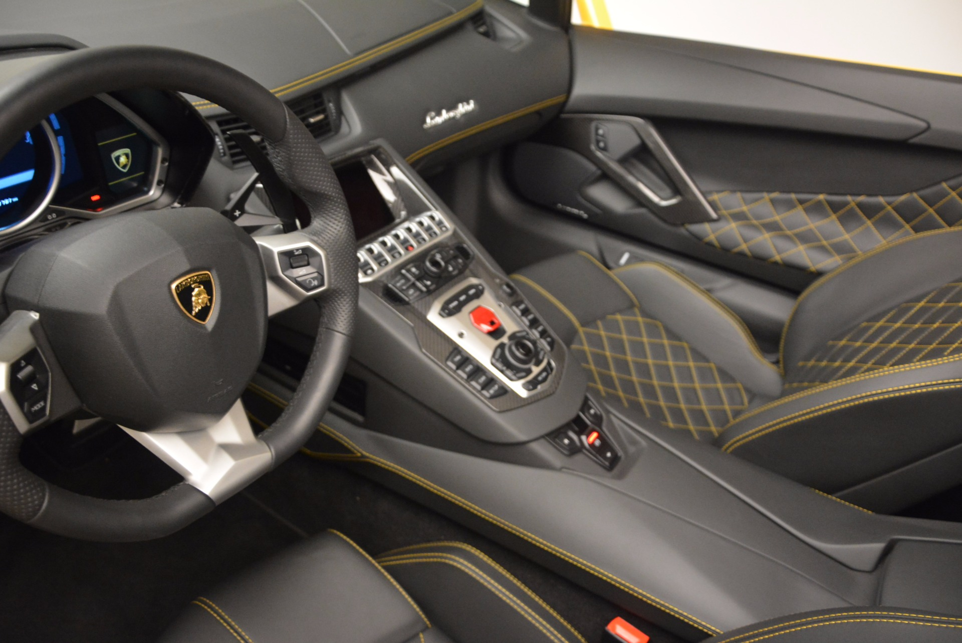 Used 2015 Lamborghini Aventador LP 700-4 Roadster For Sale In Westport, CT 1774_p19