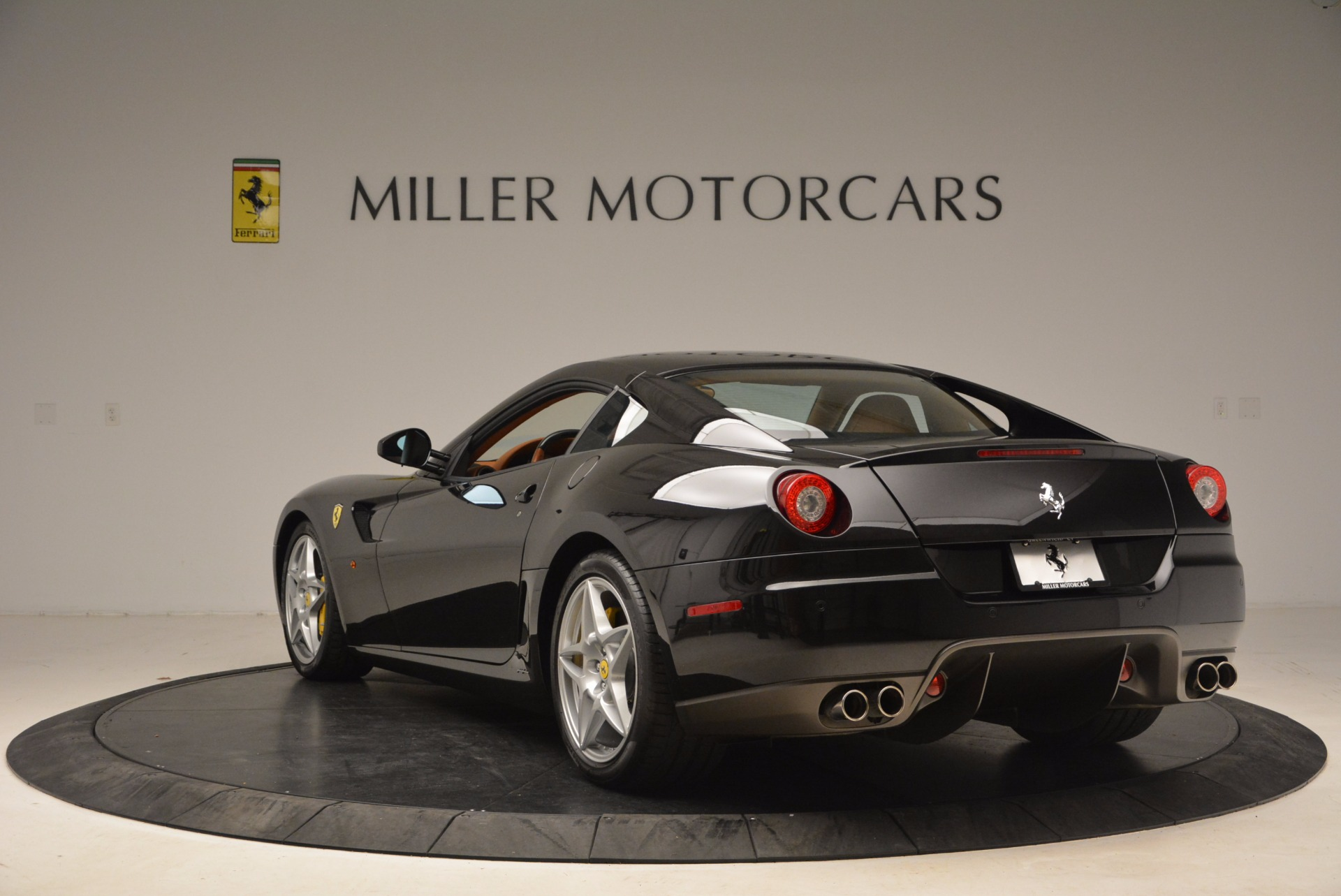 Used 2008 Ferrari 599 GTB Fiorano  For Sale In Westport, CT 1785_p5