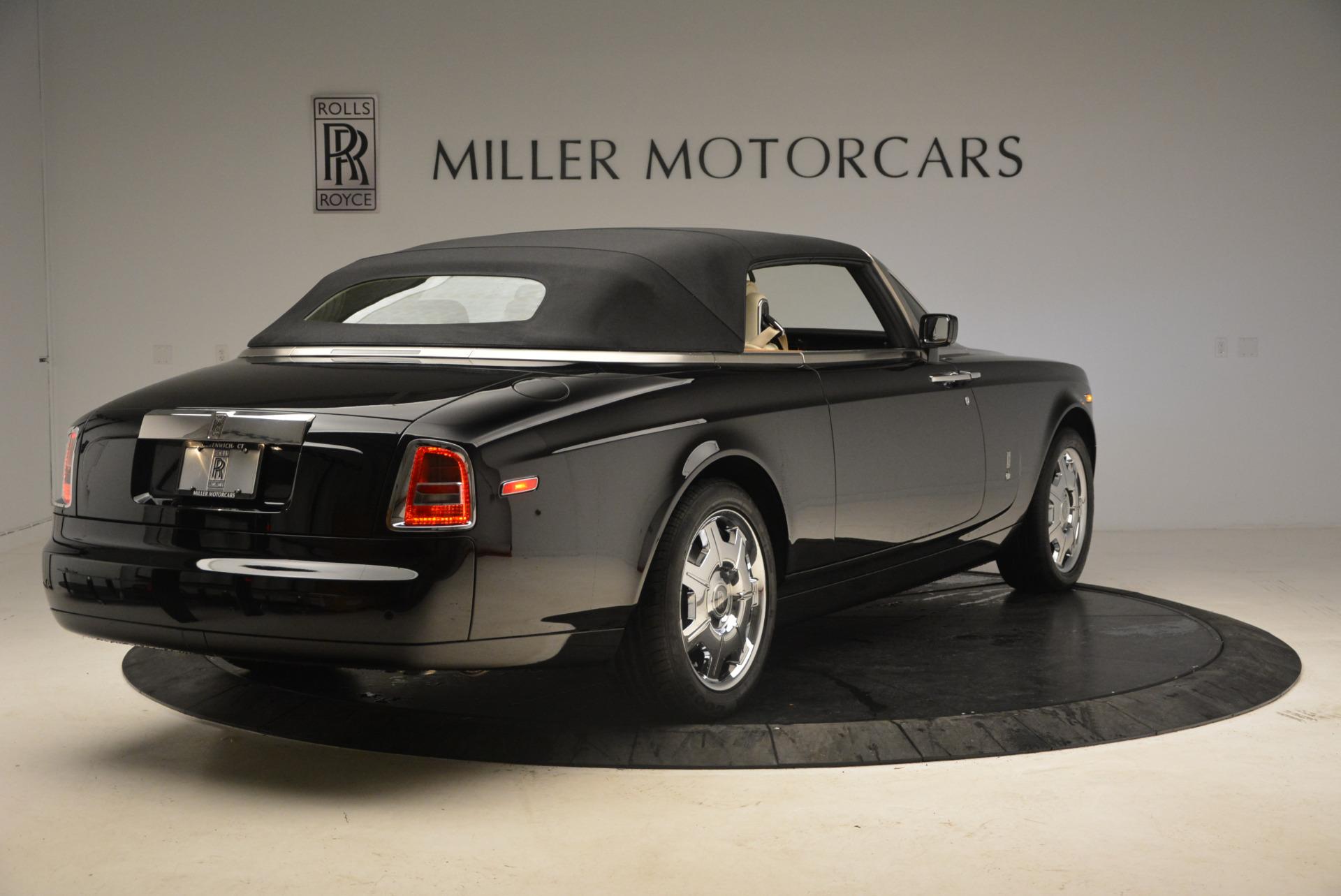 Used 2009 Rolls-Royce Phantom Drophead Coupe  For Sale In Westport, CT 1792_p19