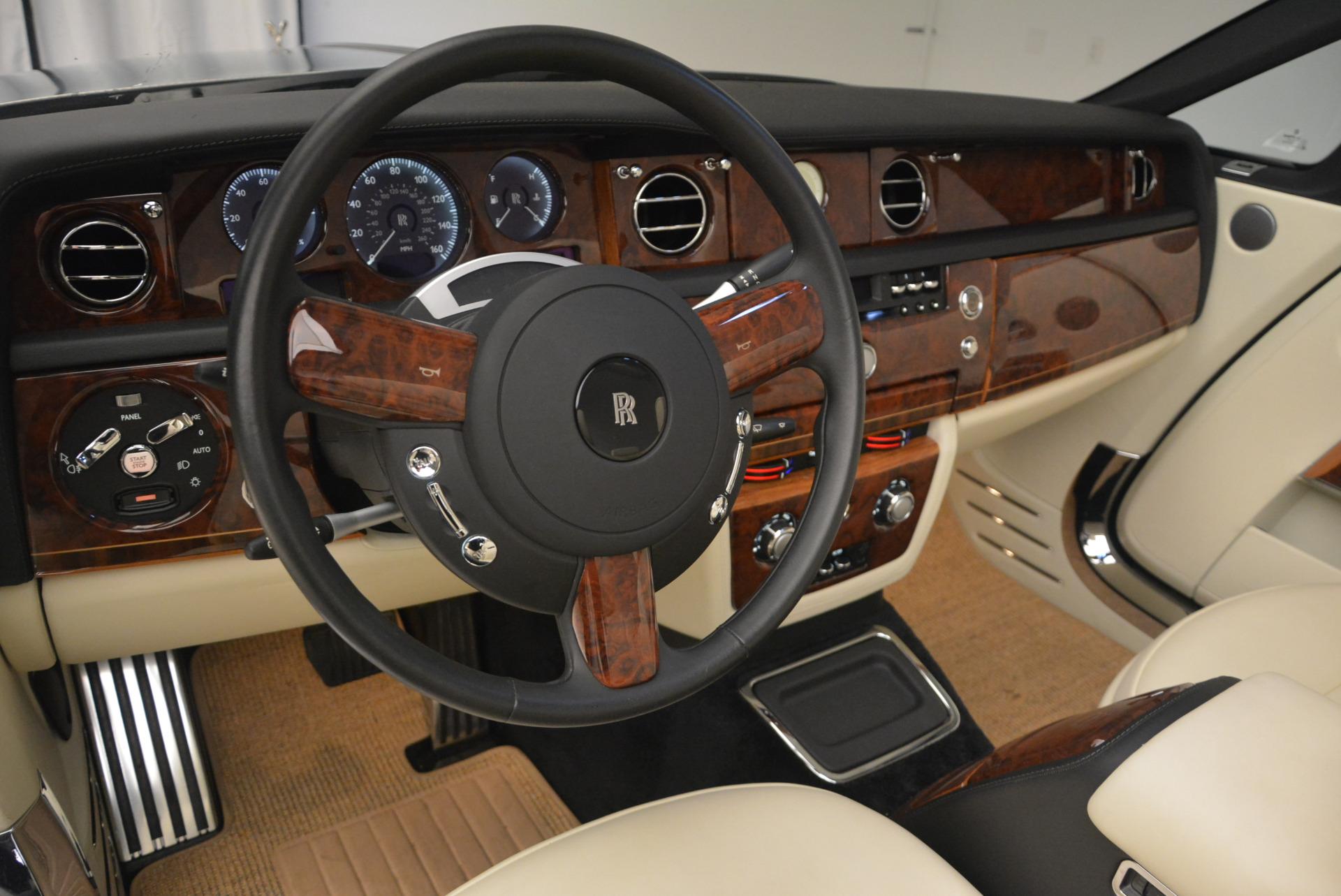 Used 2009 Rolls-Royce Phantom Drophead Coupe  For Sale In Westport, CT 1792_p32
