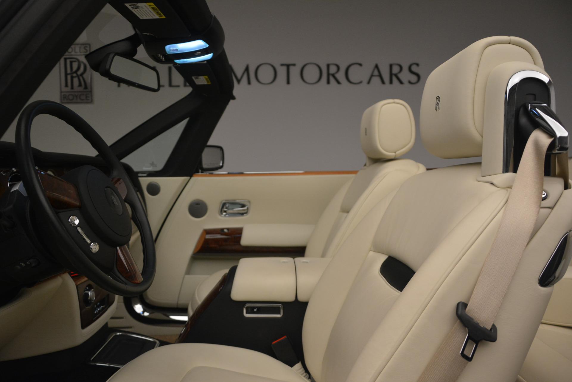 Used 2009 Rolls-Royce Phantom Drophead Coupe  For Sale In Westport, CT 1792_p34