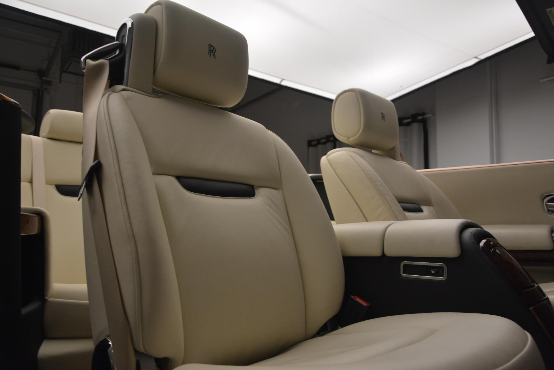 Used 2009 Rolls-Royce Phantom Drophead Coupe  For Sale In Westport, CT 1792_p38
