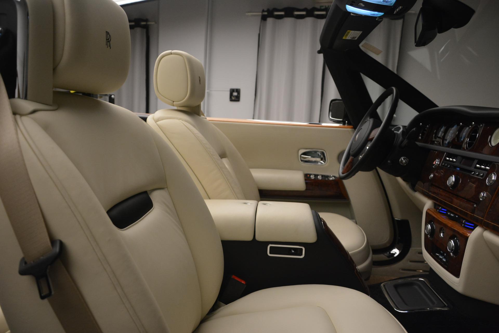 Used 2009 Rolls-Royce Phantom Drophead Coupe  For Sale In Westport, CT 1792_p39