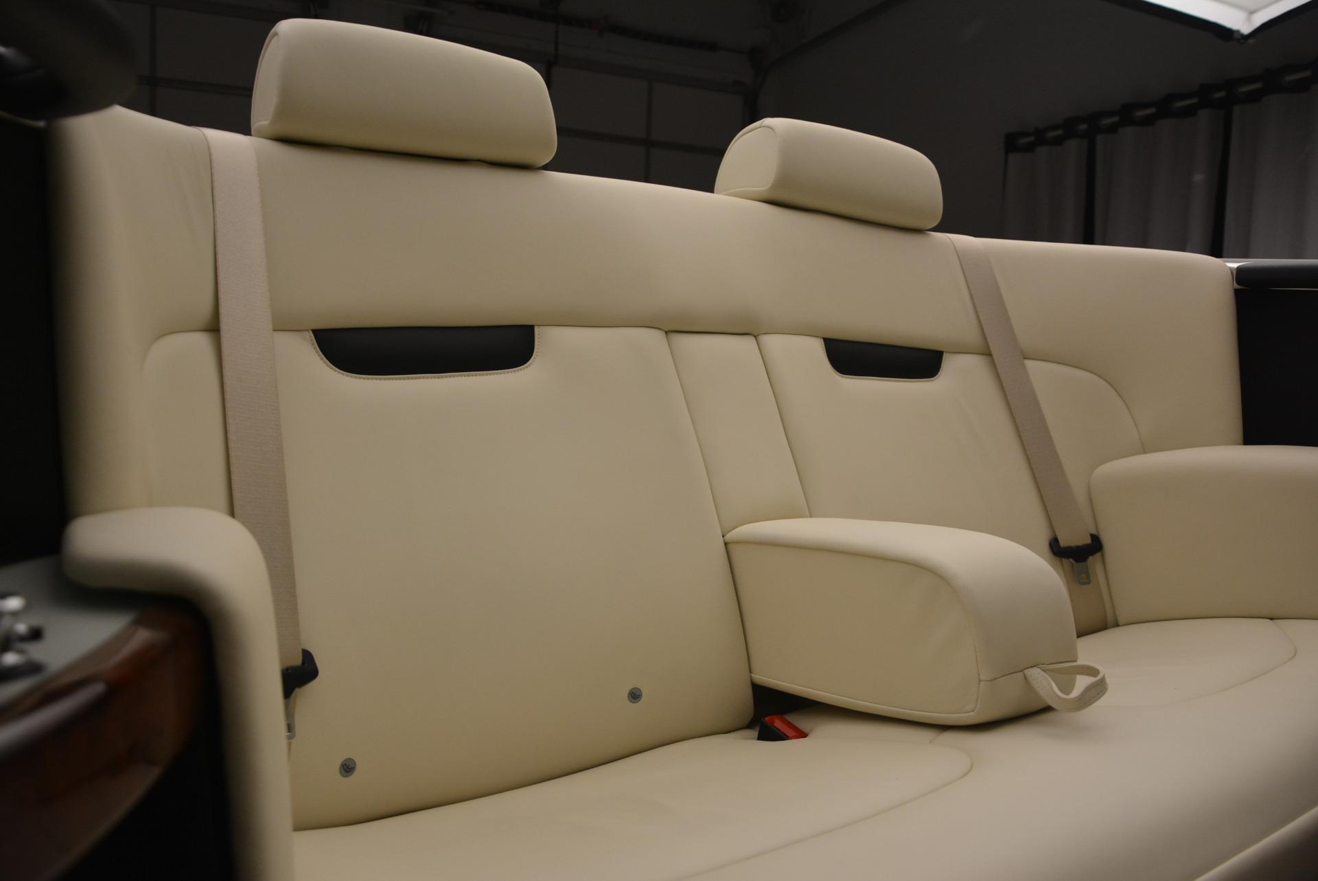 Used 2009 Rolls-Royce Phantom Drophead Coupe  For Sale In Westport, CT 1792_p40