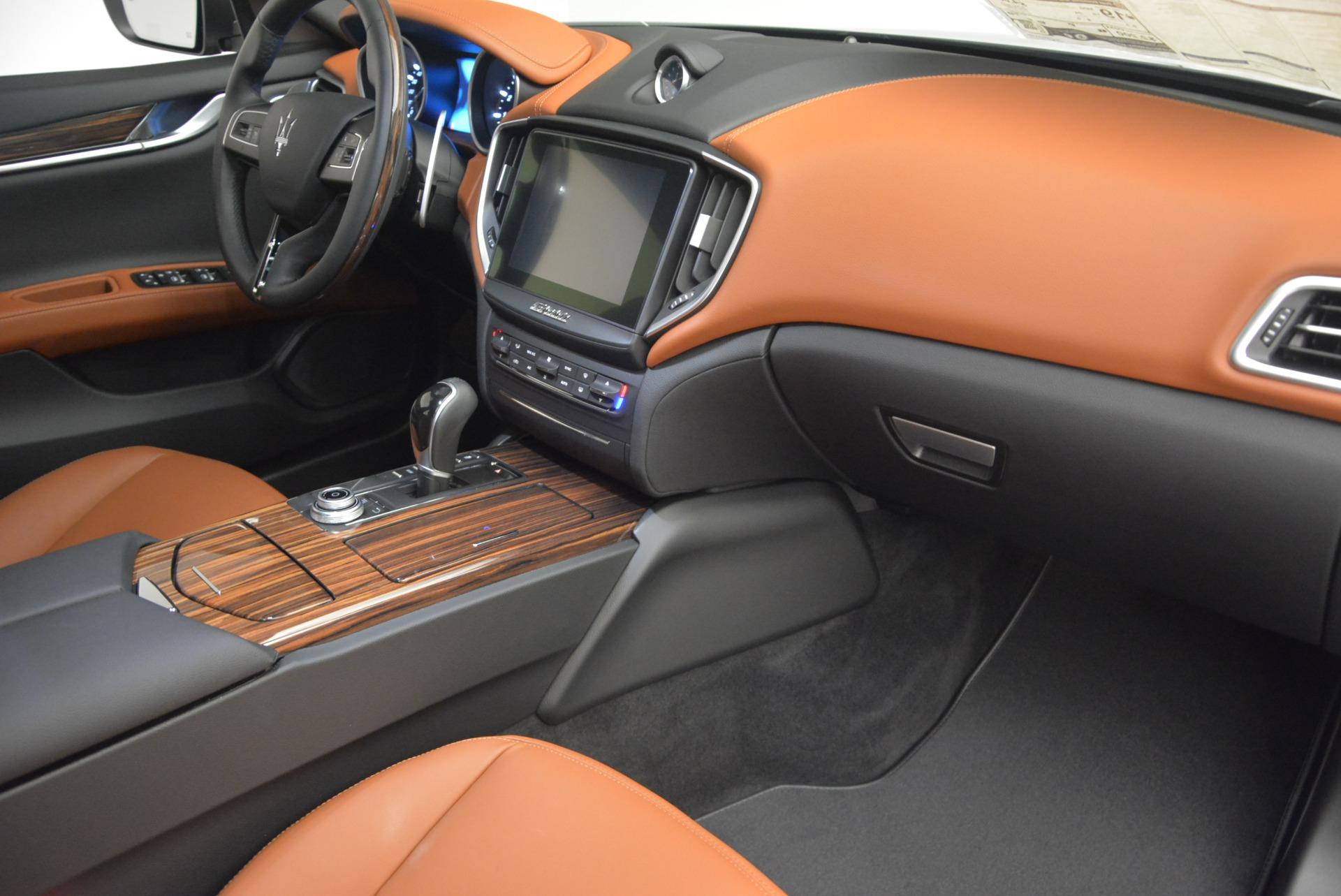 New 2018 Maserati Ghibli S Q4 For Sale In Westport, CT 1812_p17