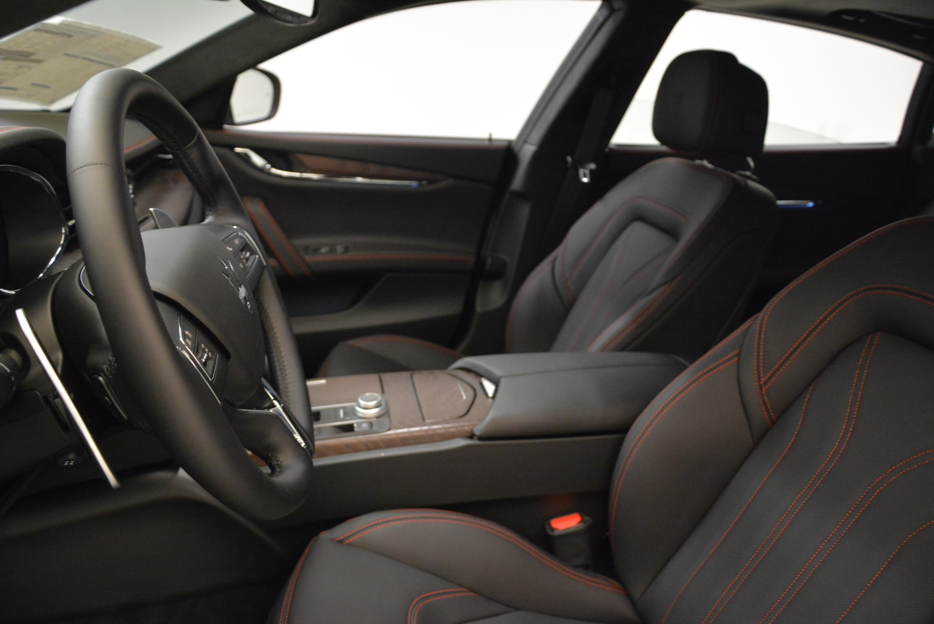 New 2018 Maserati Quattroporte S Q4 GranLusso For Sale In Westport, CT 1815_p13