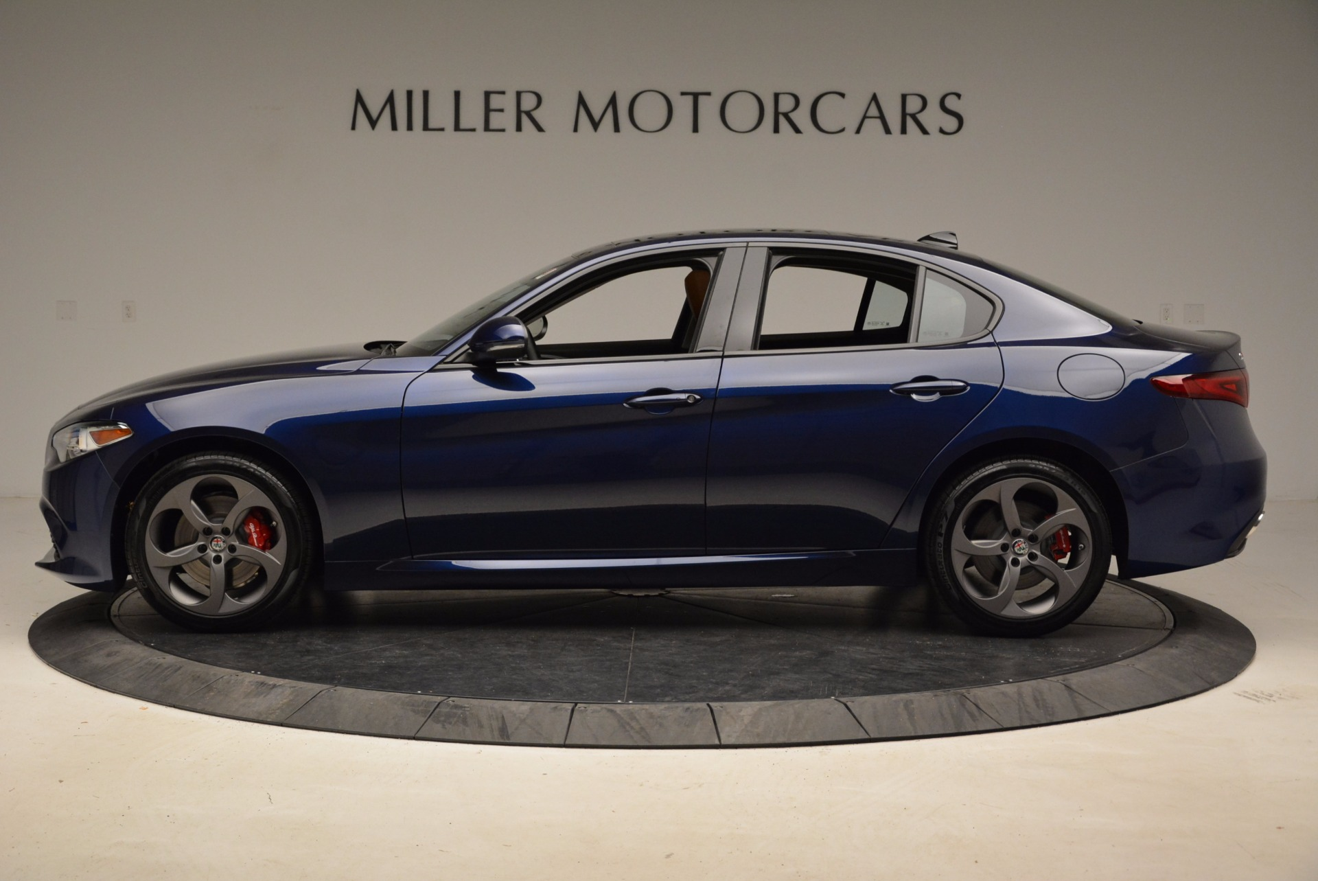 New 2018 Alfa Romeo Giulia Sport Q4 For Sale In Westport, CT 1822_p3