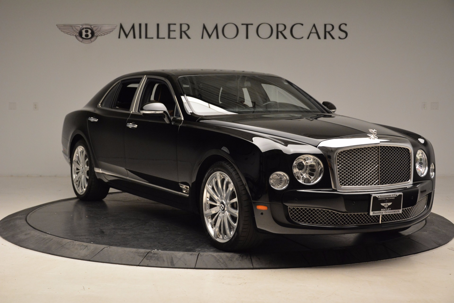 Used 2016 Bentley Mulsanne  For Sale In Westport, CT 1826_p12