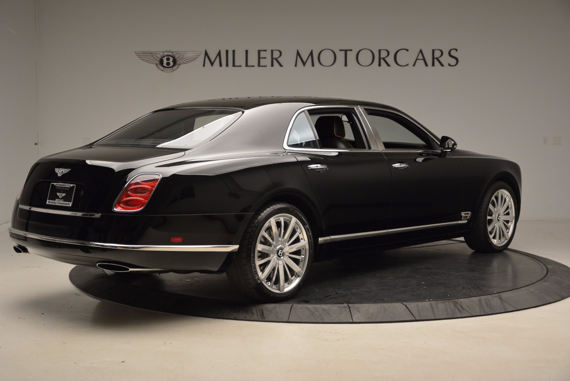Used 2016 Bentley Mulsanne  For Sale In Westport, CT 1826_p9