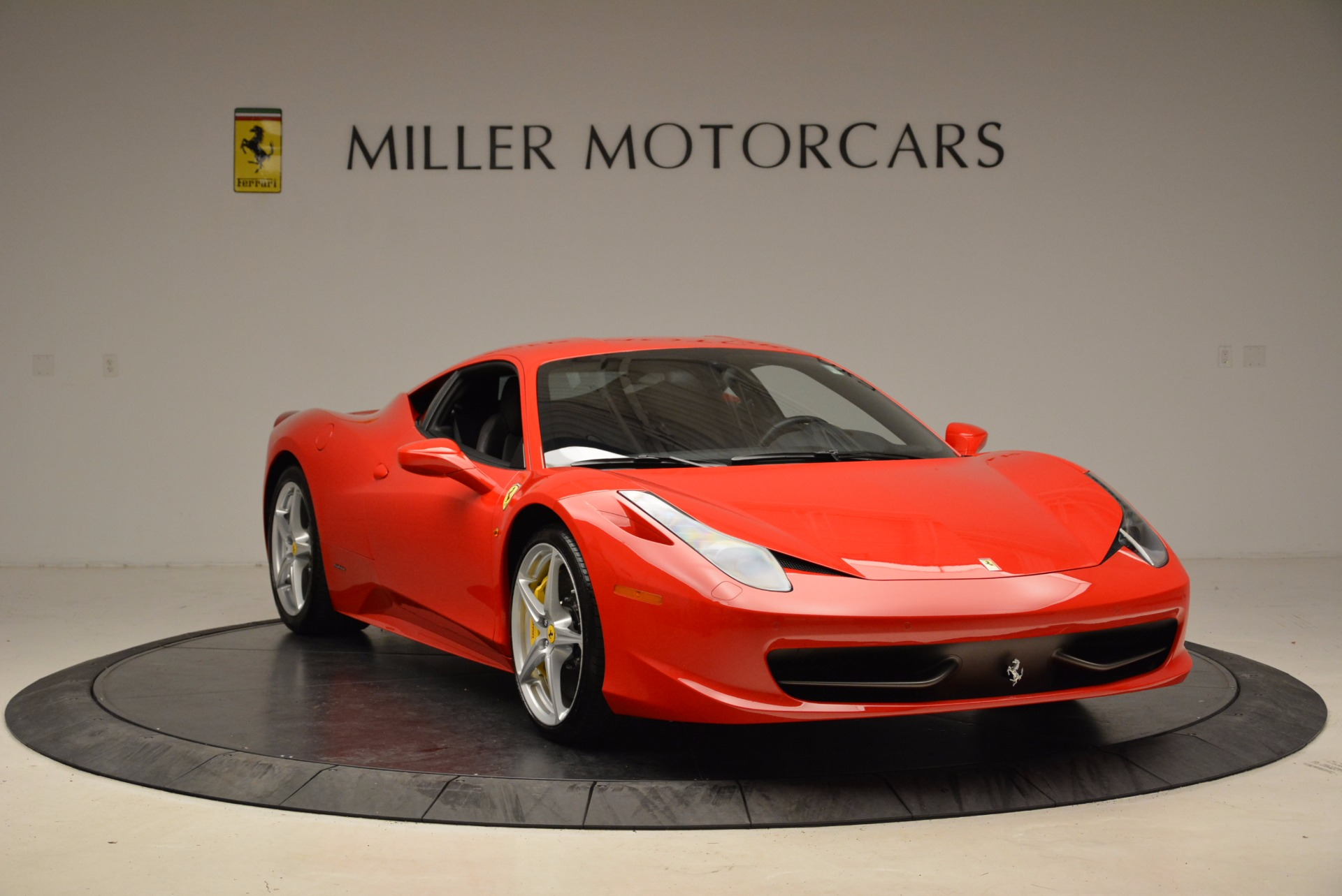 Used 2012 Ferrari 458 Italia  For Sale In Westport, CT 1833_p11
