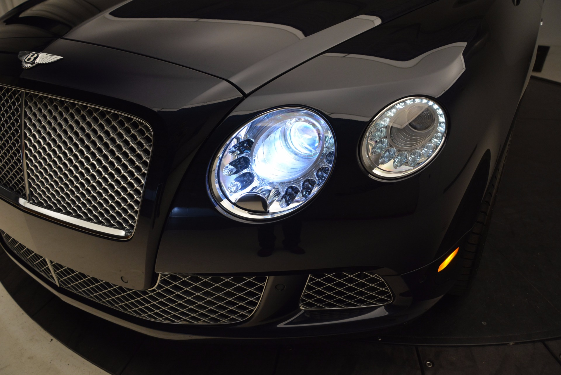 Used 2014 Bentley Continental GT W12 For Sale In Westport, CT 1845_p16