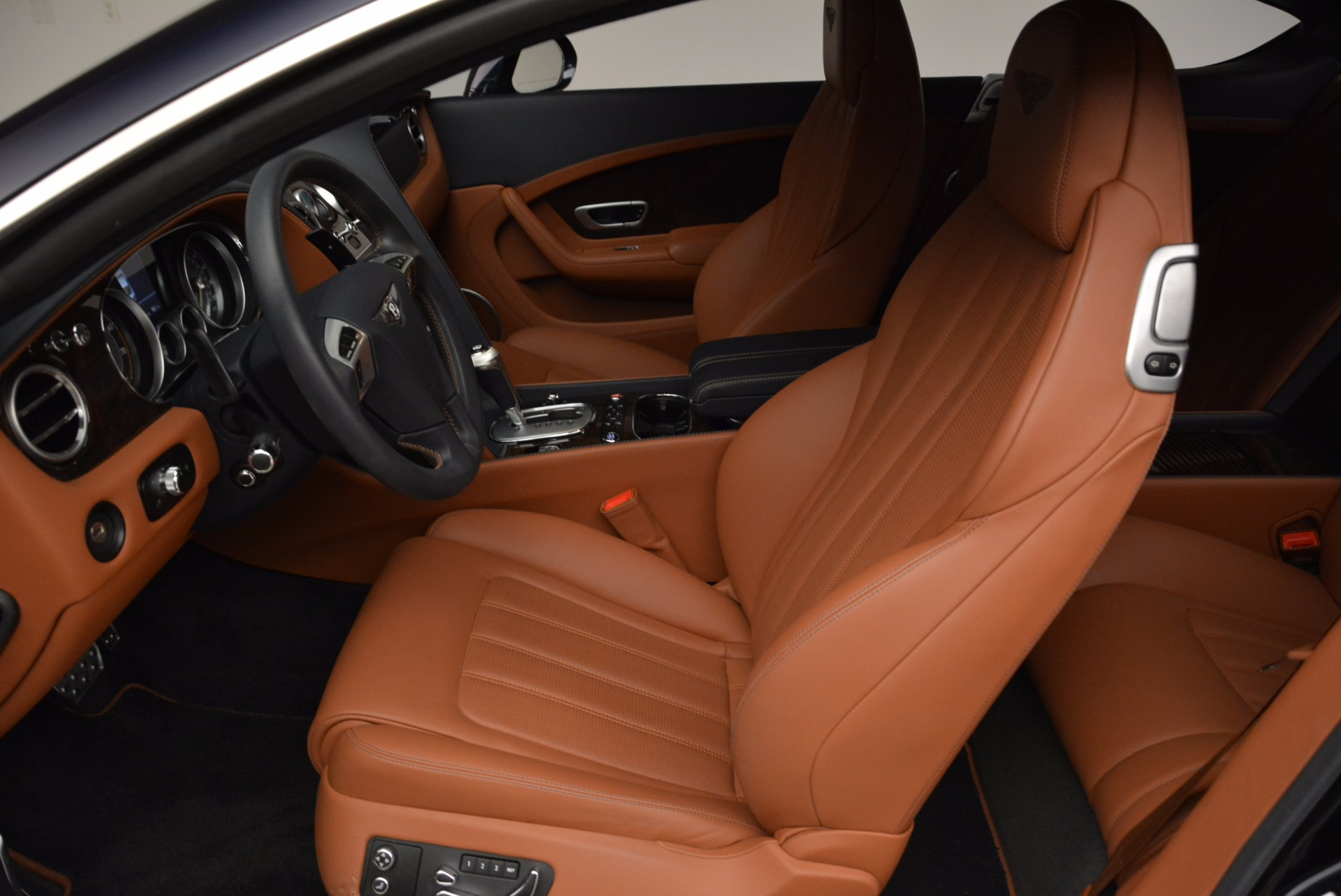 Used 2014 Bentley Continental GT W12 For Sale In Westport, CT 1845_p23