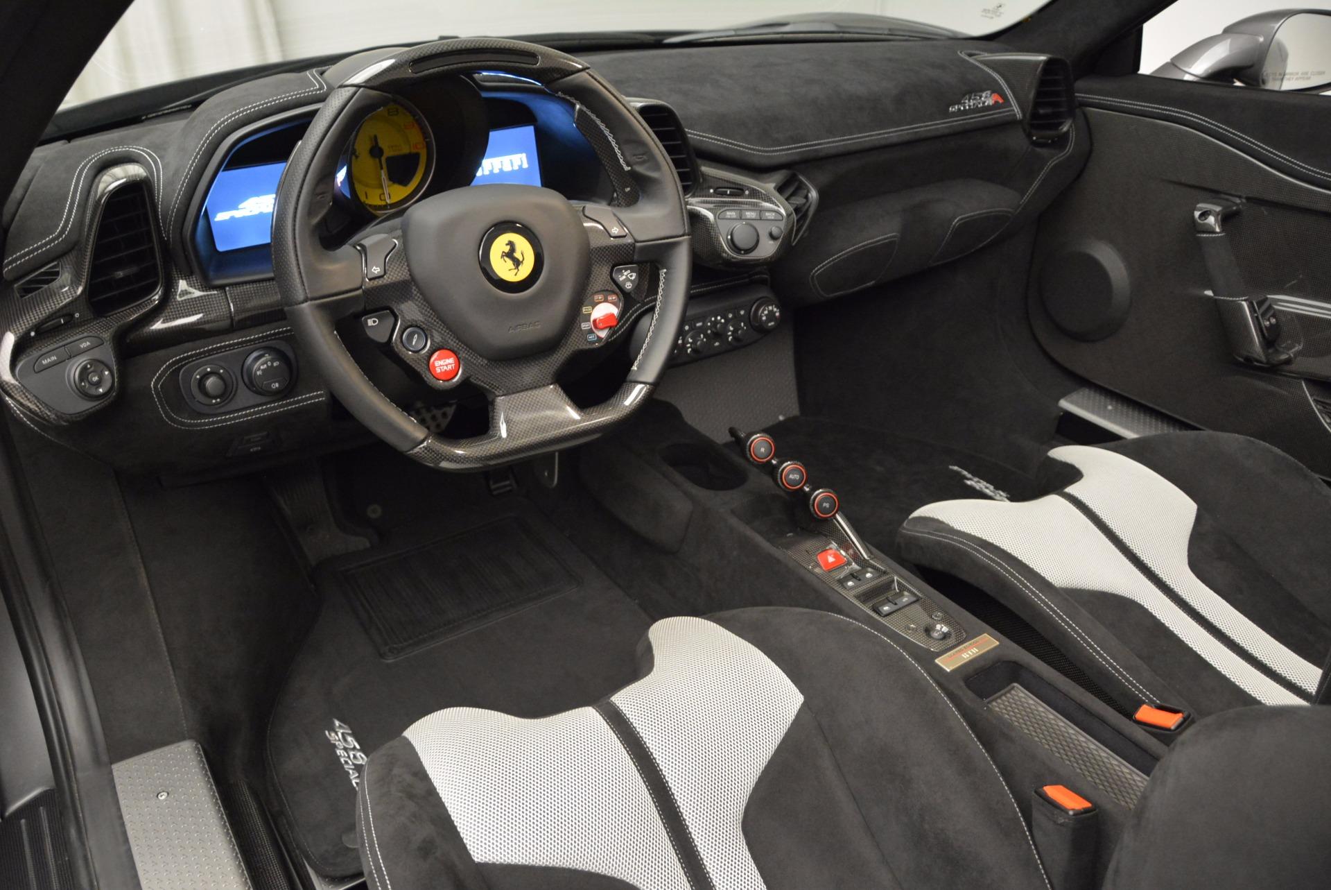 Used 2015 Ferrari 458 Speciale Aperta  For Sale In Westport, CT 1847_p27