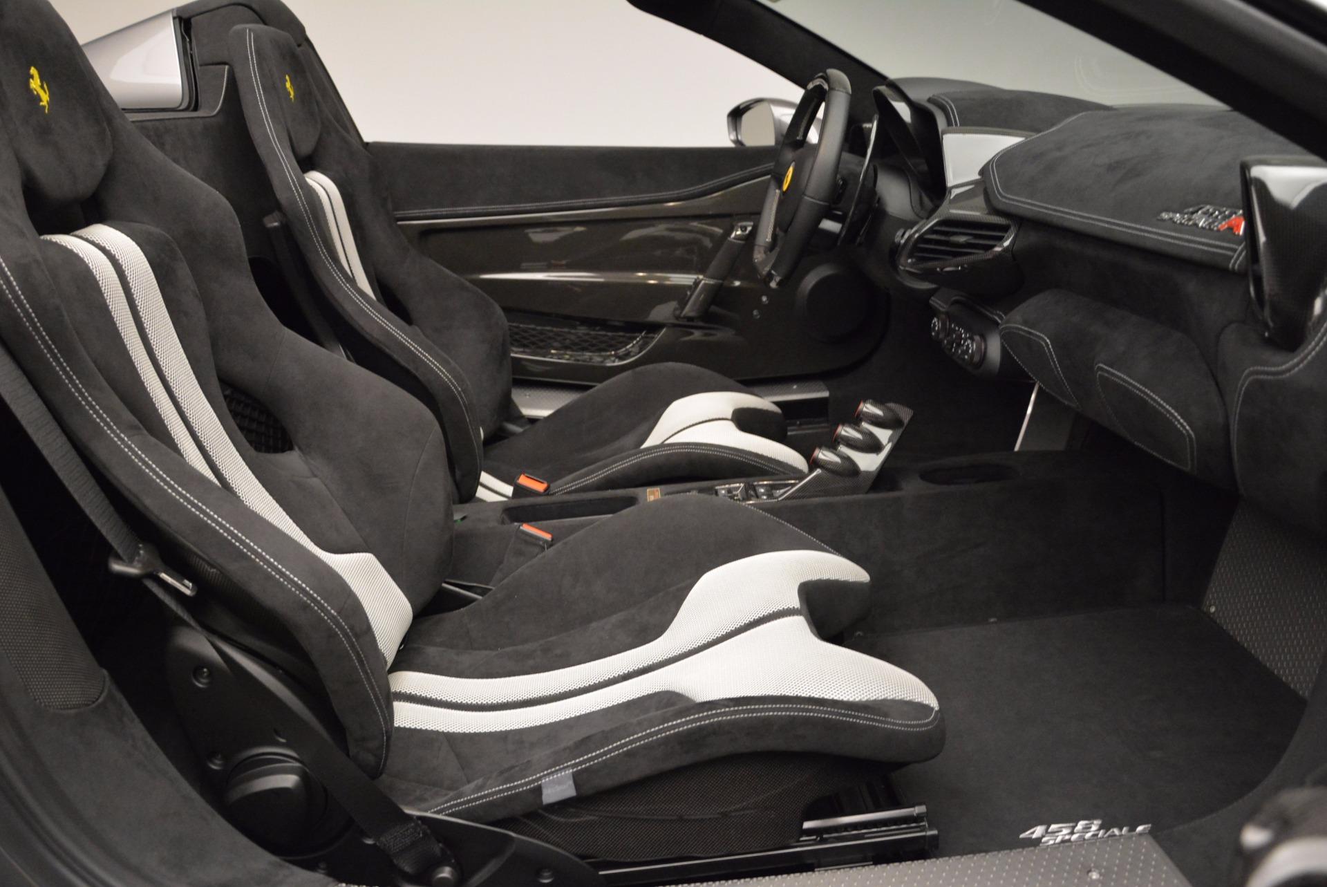Used 2015 Ferrari 458 Speciale Aperta  For Sale In Westport, CT 1847_p31