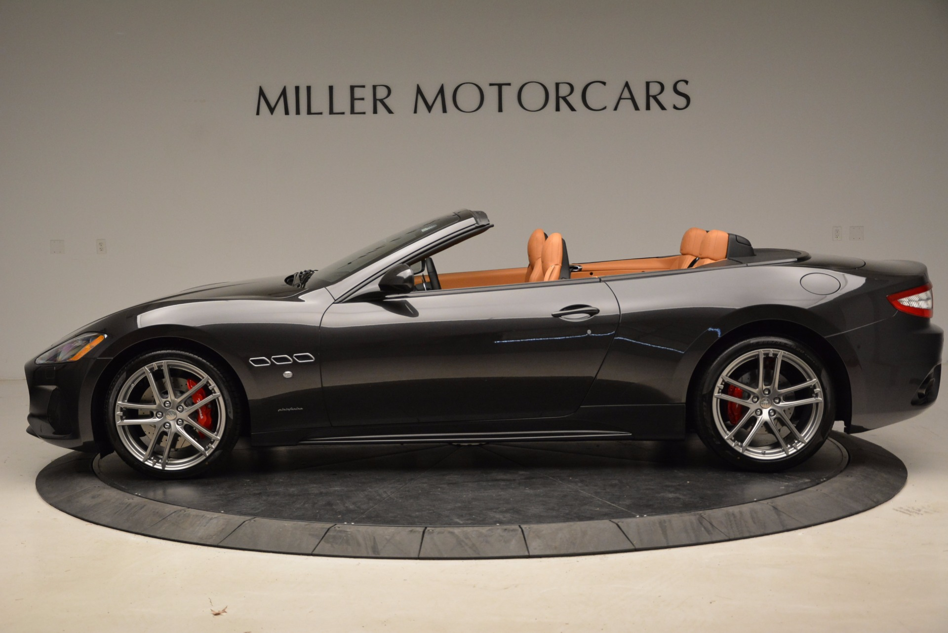 New 2018 Maserati GranTurismo Sport Convertible For Sale In Westport, CT 1869_p15