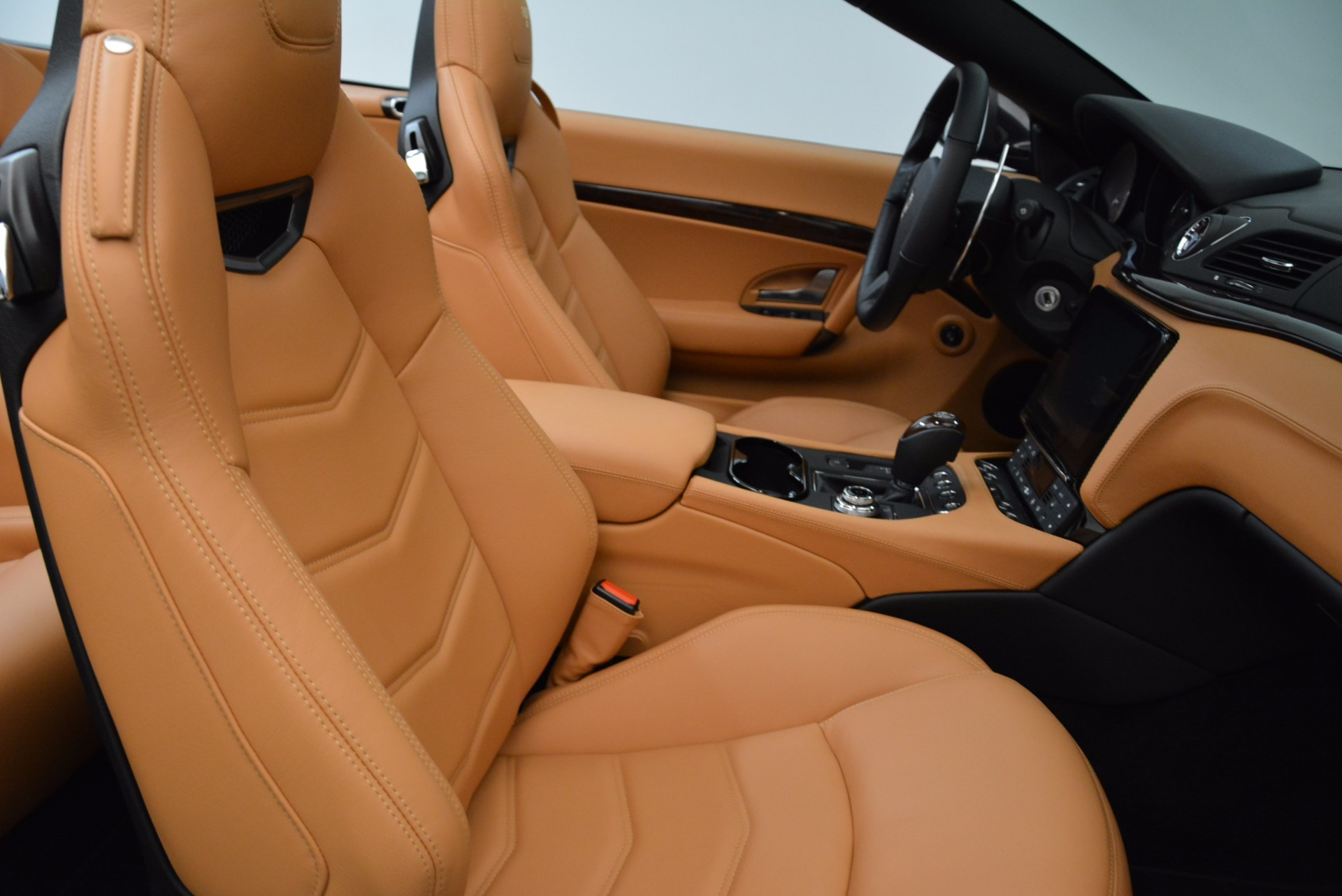 New 2018 Maserati GranTurismo Sport Convertible For Sale In Westport, CT 1869_p33