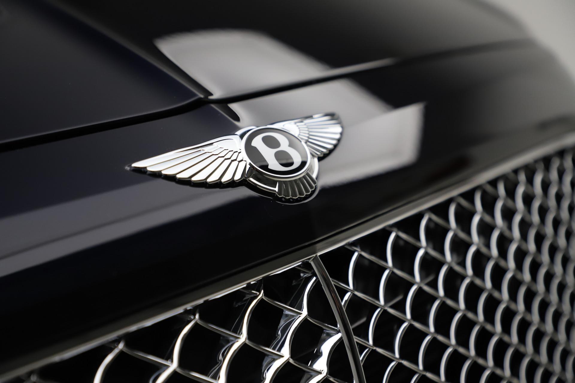 New 2018 Bentley Bentayga Signature For Sale In Westport, CT 1873_p15