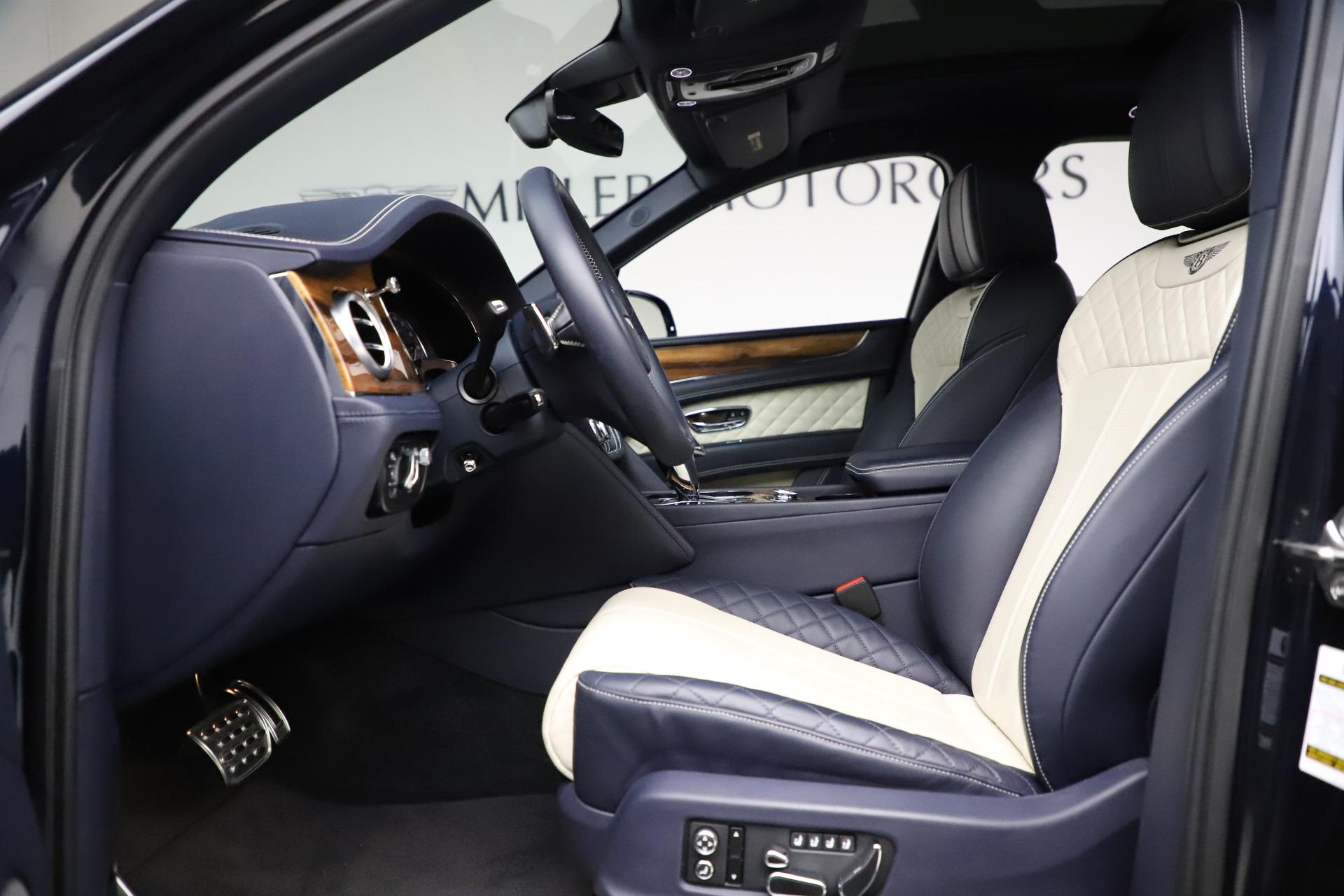 New 2018 Bentley Bentayga Signature For Sale In Westport, CT 1873_p19