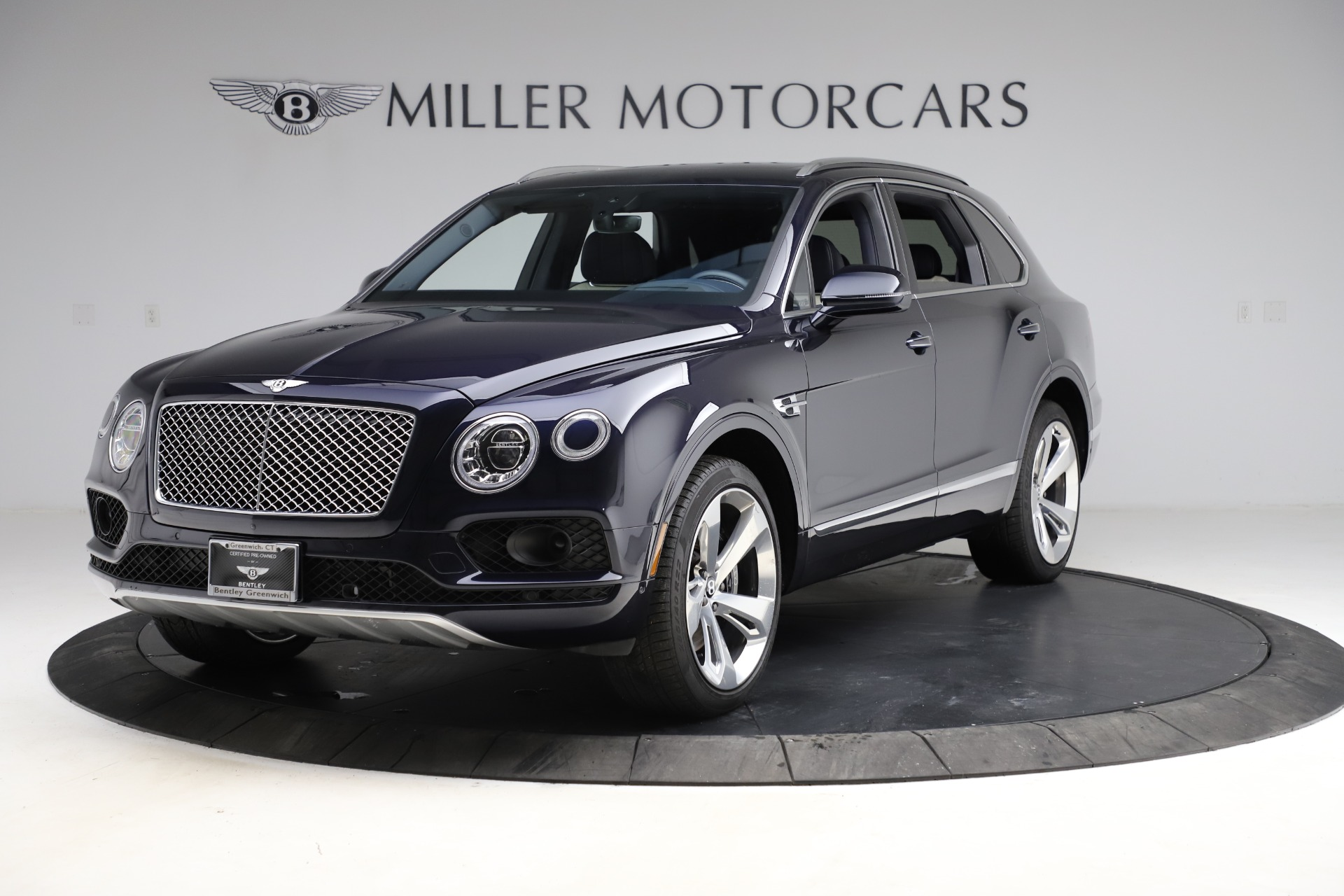New 2018 Bentley Bentayga Signature For Sale In Westport, CT 1873_p2