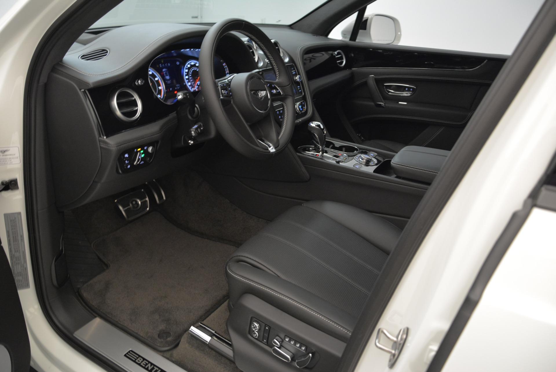 New 2018 Bentley Bentayga Black Edition For Sale In Westport, CT 1874_p28