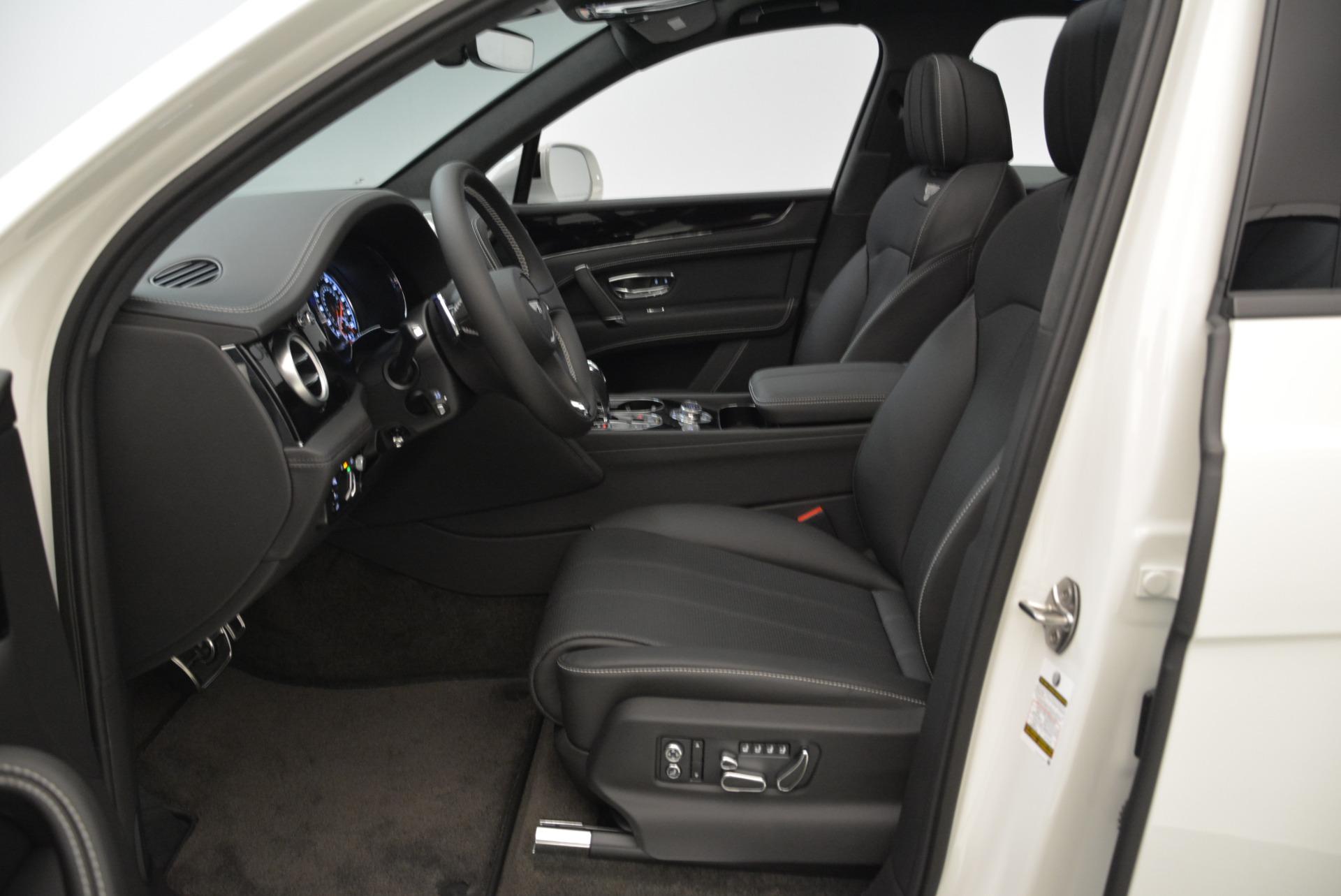 New 2018 Bentley Bentayga Black Edition For Sale In Westport, CT 1874_p29