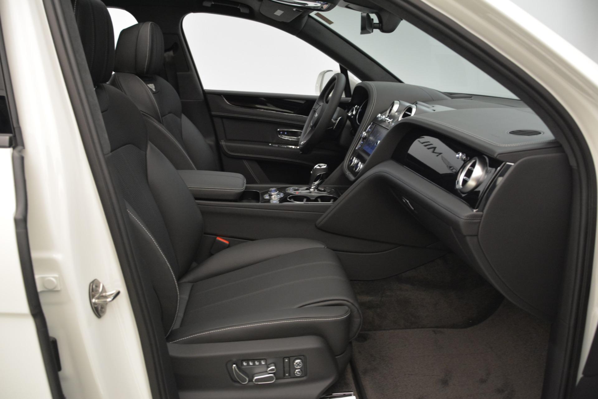 New 2018 Bentley Bentayga Black Edition For Sale In Westport, CT 1874_p44