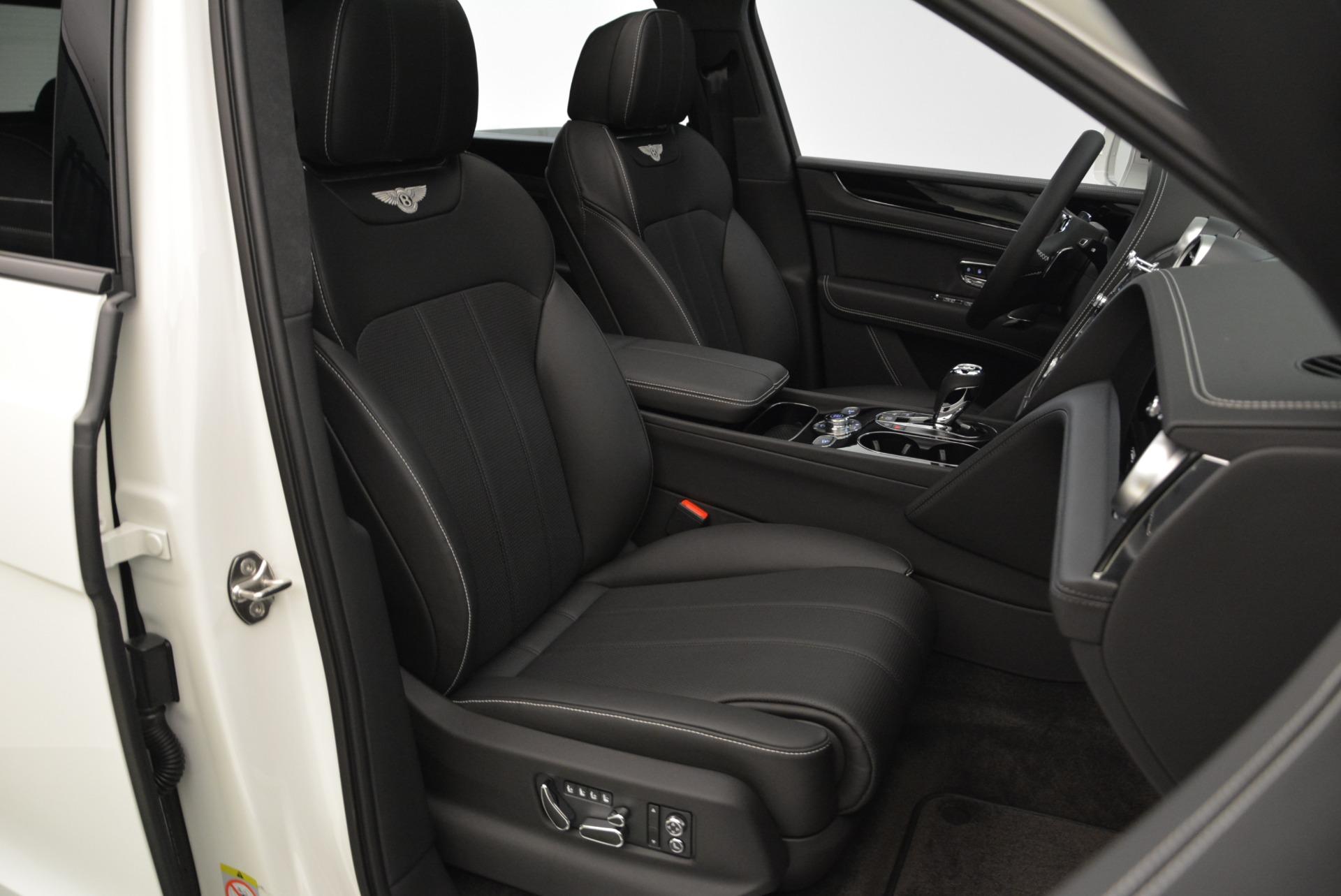 New 2018 Bentley Bentayga Black Edition For Sale In Westport, CT 1874_p45