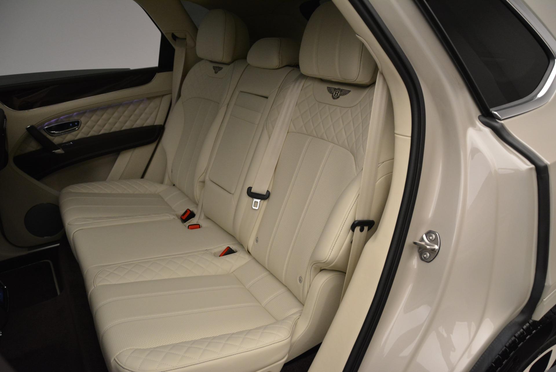 New 2018 Bentley Bentayga Signature For Sale In Westport, CT 1876_p22