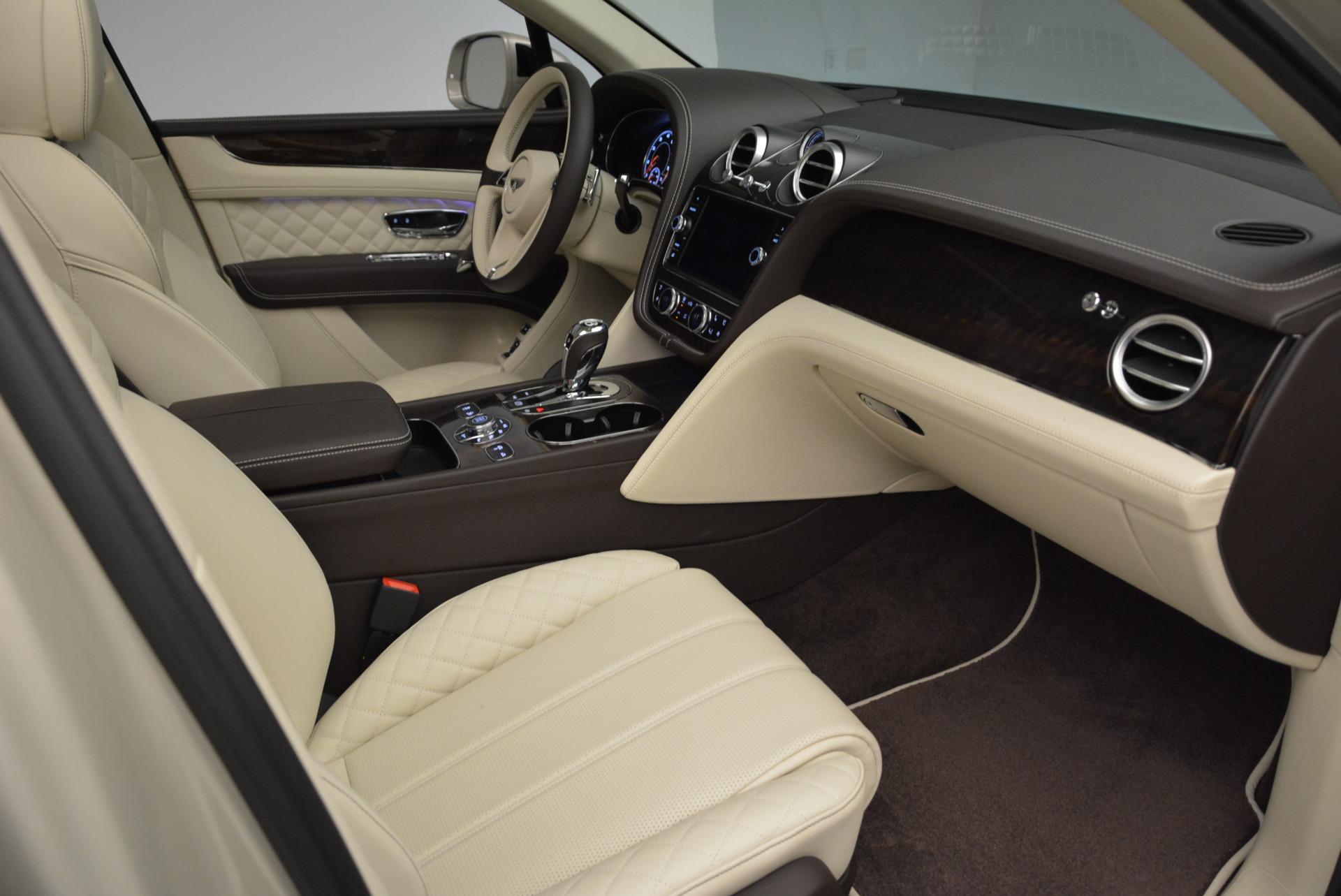 New 2018 Bentley Bentayga Signature For Sale In Westport, CT 1876_p26