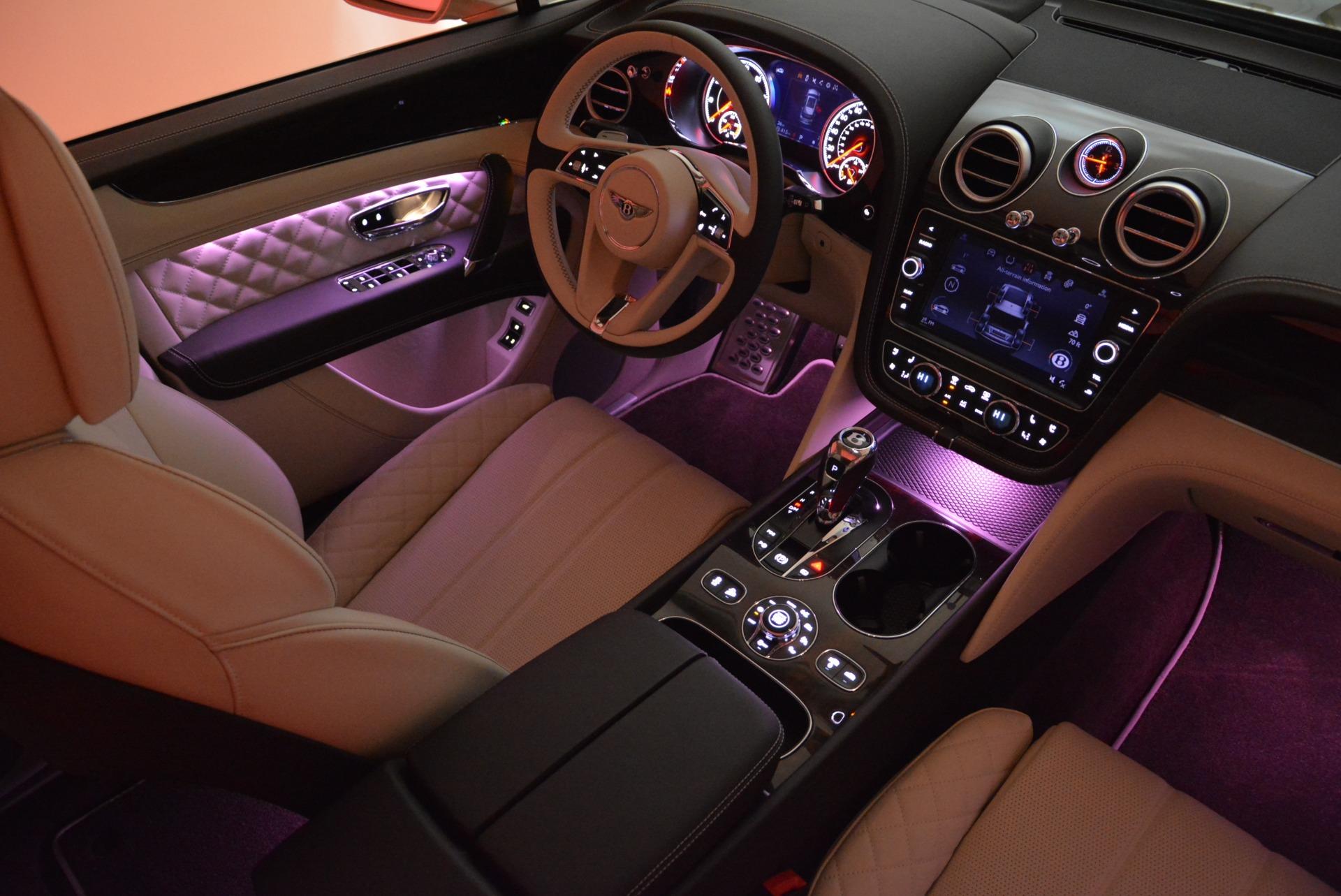 New 2018 Bentley Bentayga Signature For Sale In Westport, CT 1876_p31