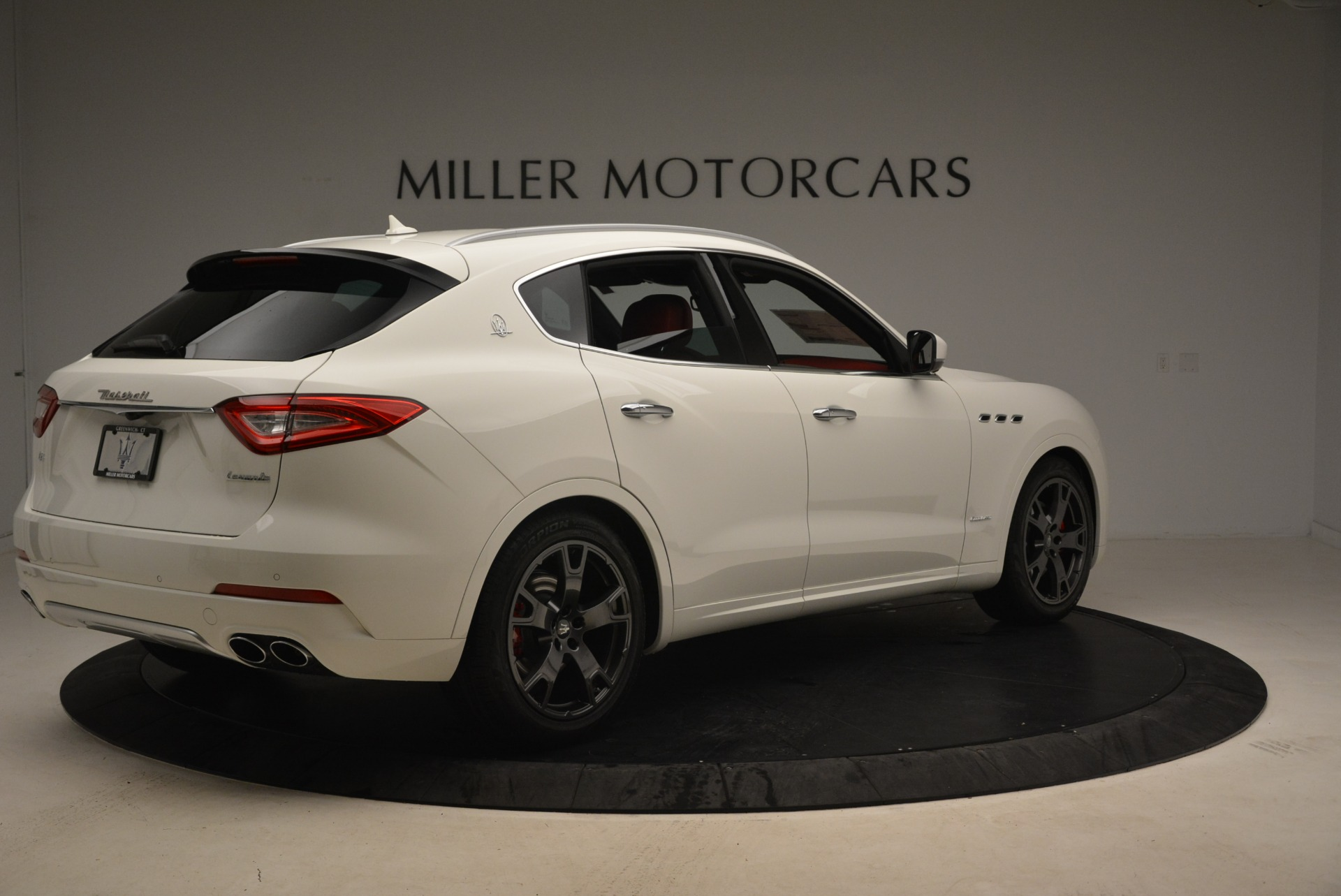 New 2018 Maserati Levante Q4 GranLusso For Sale In Westport, CT 1889_p8