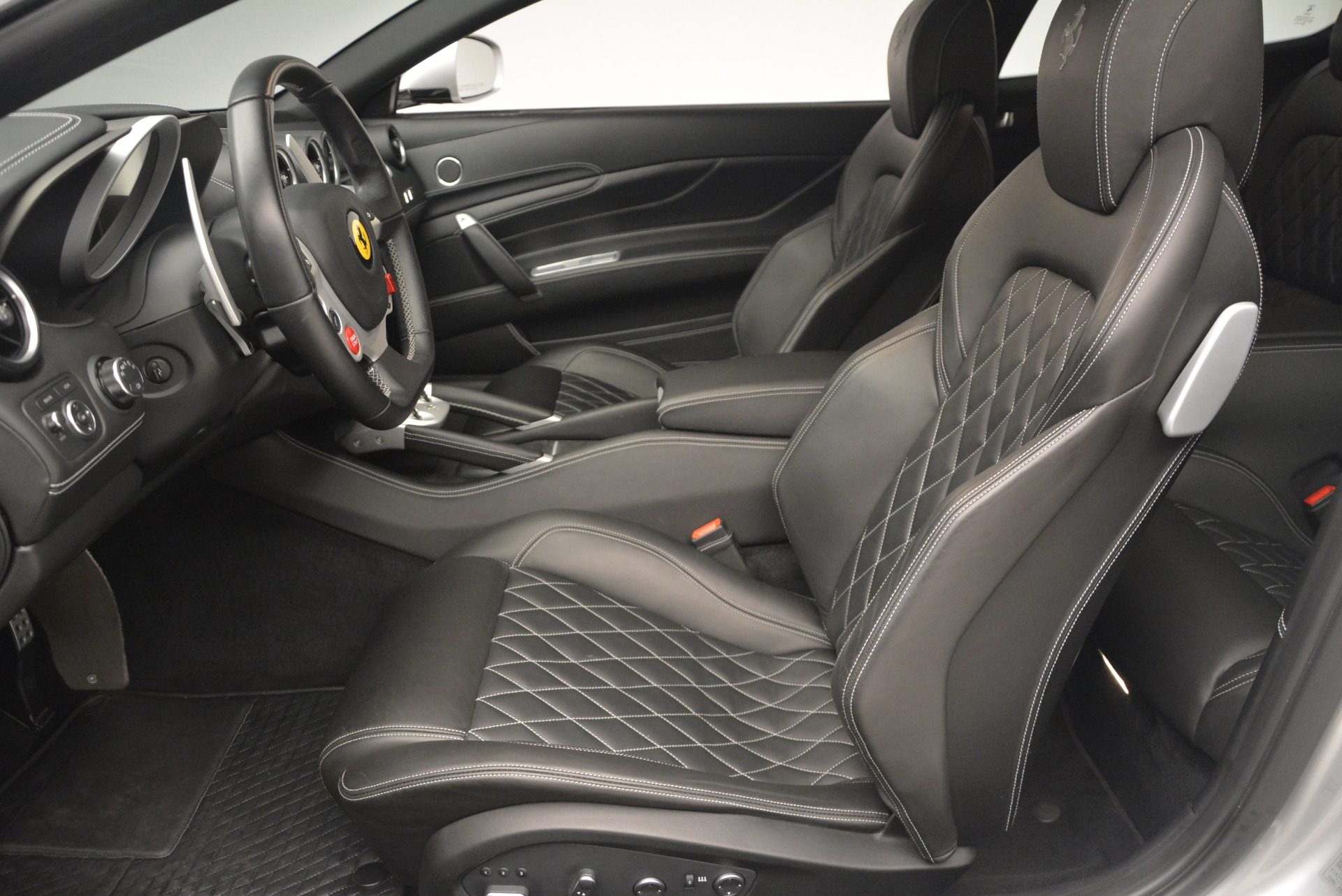 Used 2012 Ferrari FF  For Sale In Westport, CT 1902_p13