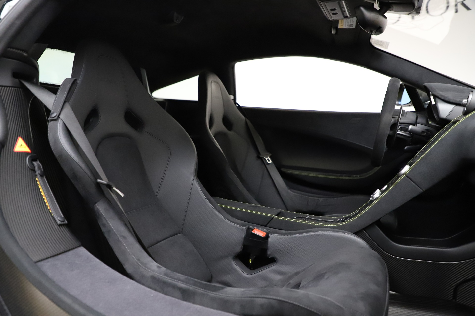 Used 2016 McLaren 675LT Coupe For Sale In Westport, CT 1916_p23