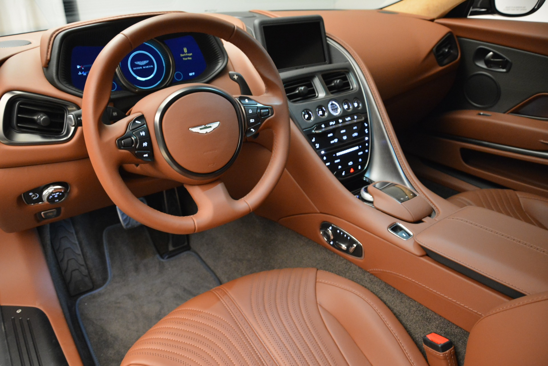 New 2018 Aston Martin DB11 V12 Coupe For Sale In Westport, CT 1917_p14