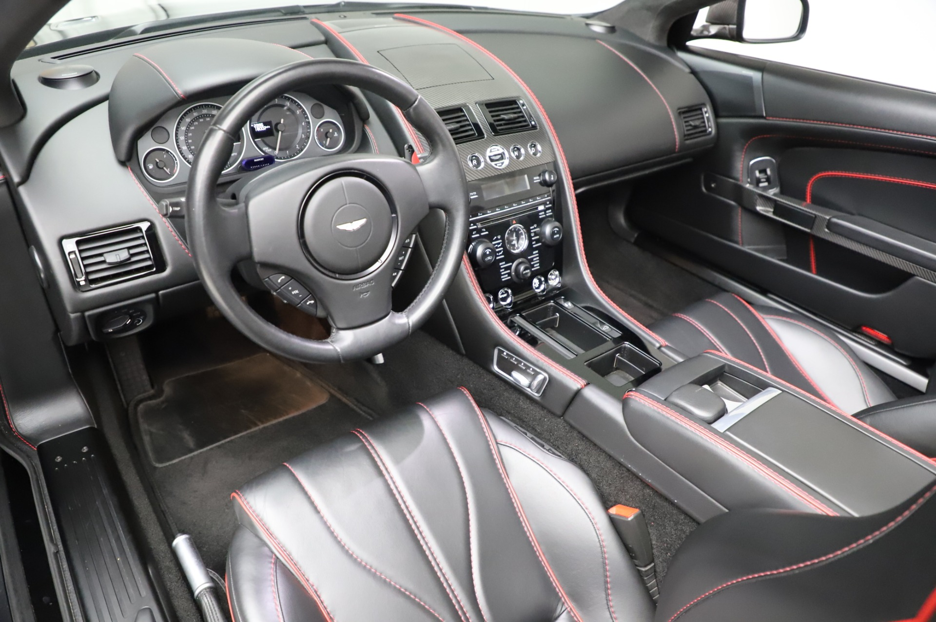 Used 2015 Aston Martin DB9 Carbon Edition Volante For Sale In Westport, CT 1919_p19