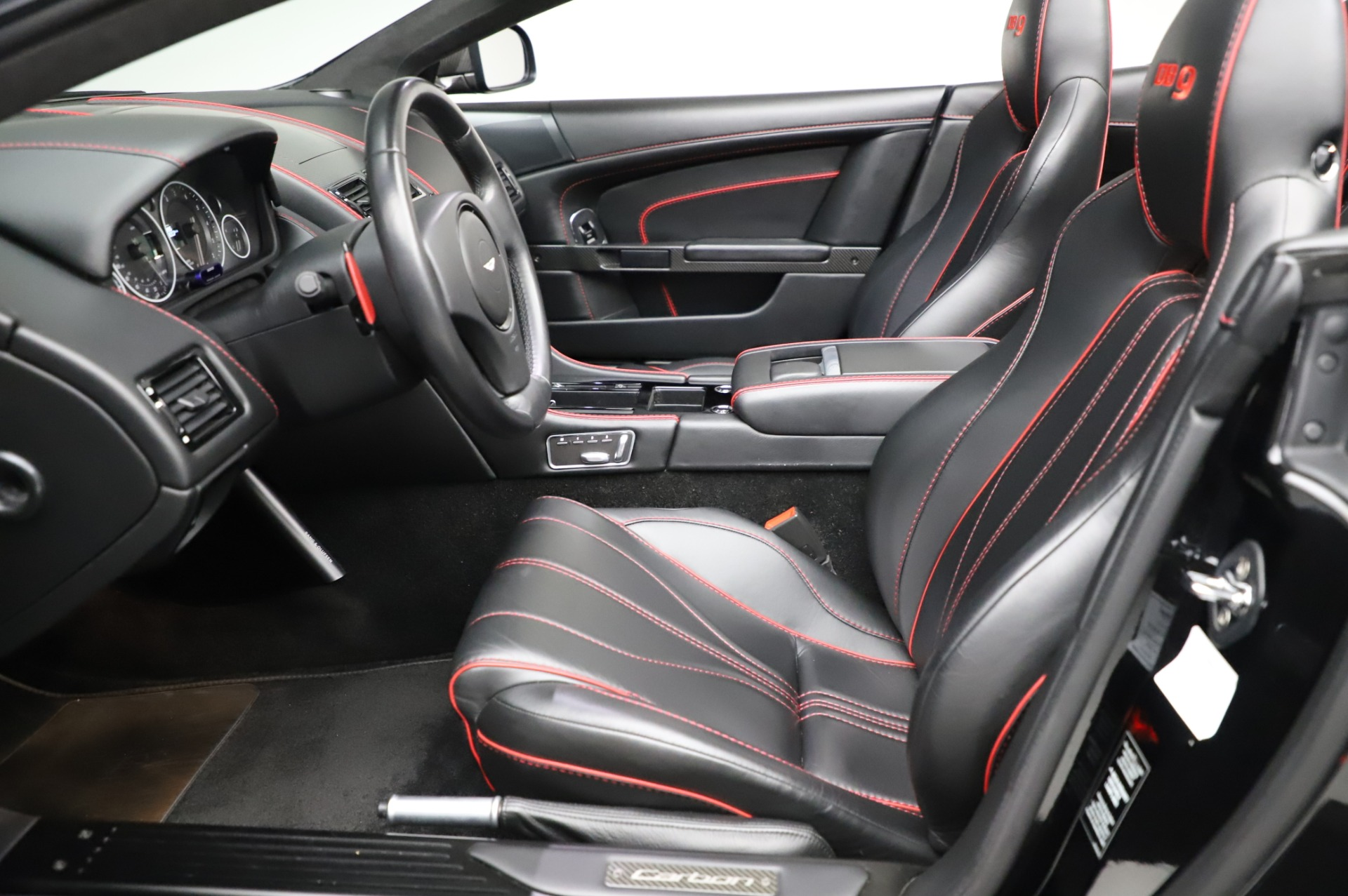 Used 2015 Aston Martin DB9 Carbon Edition Volante For Sale In Westport, CT 1919_p20
