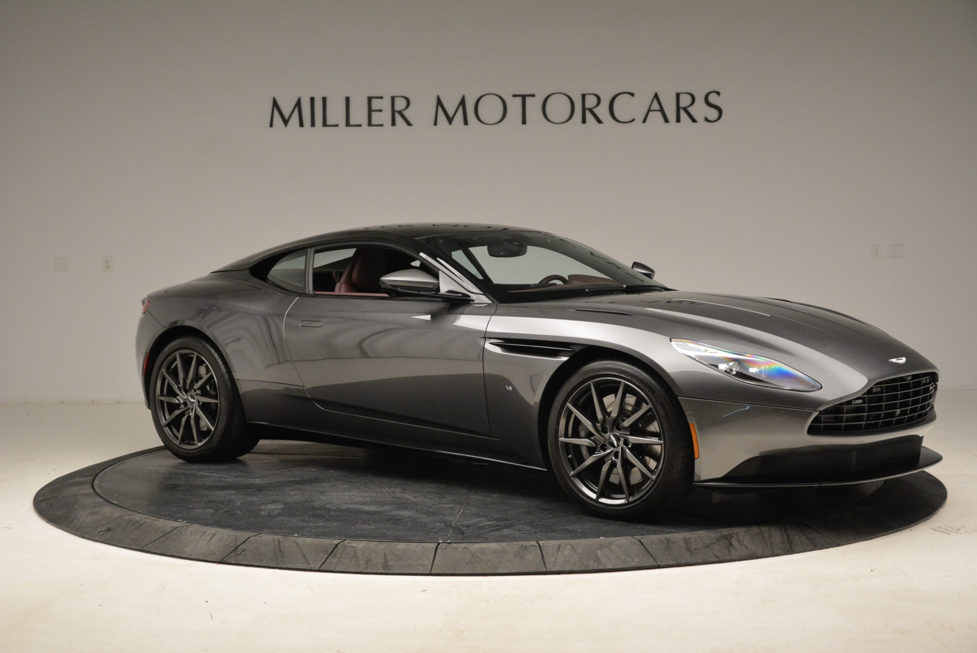 Used 2017 Aston Martin DB11  For Sale In Westport, CT 1920_p10
