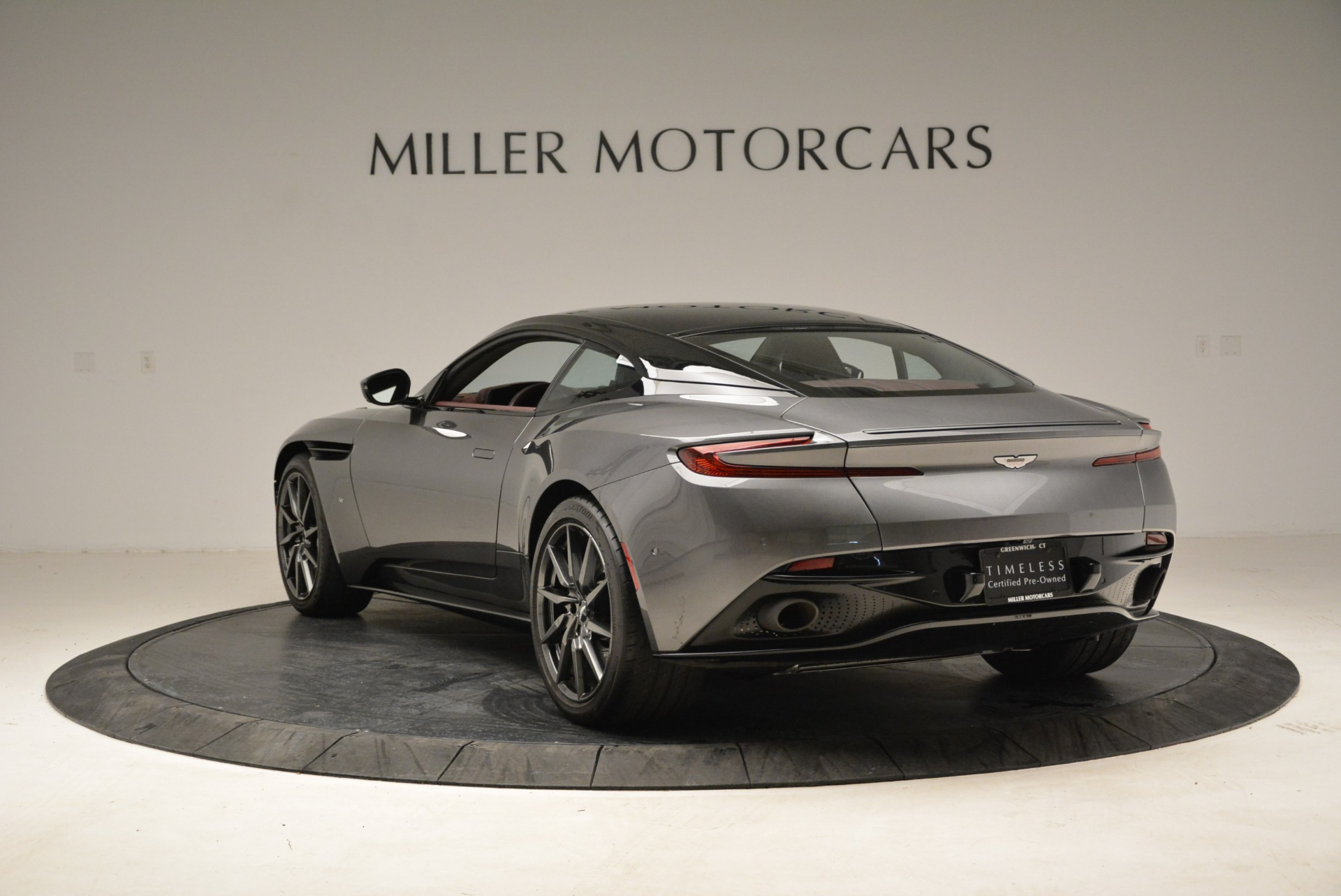 Used 2017 Aston Martin DB11  For Sale In Westport, CT 1920_p5