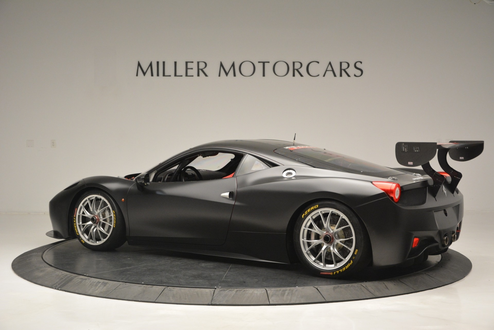 Used 2013 Ferrari 458 Challenge  For Sale In Westport, CT 1921_p4