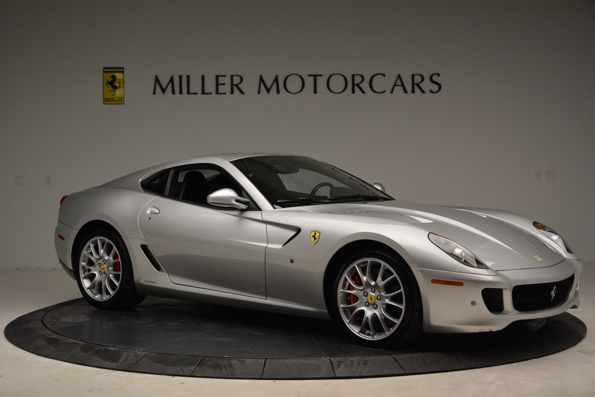 Used 2010 Ferrari 599 GTB Fiorano  For Sale In Westport, CT 1956_p10