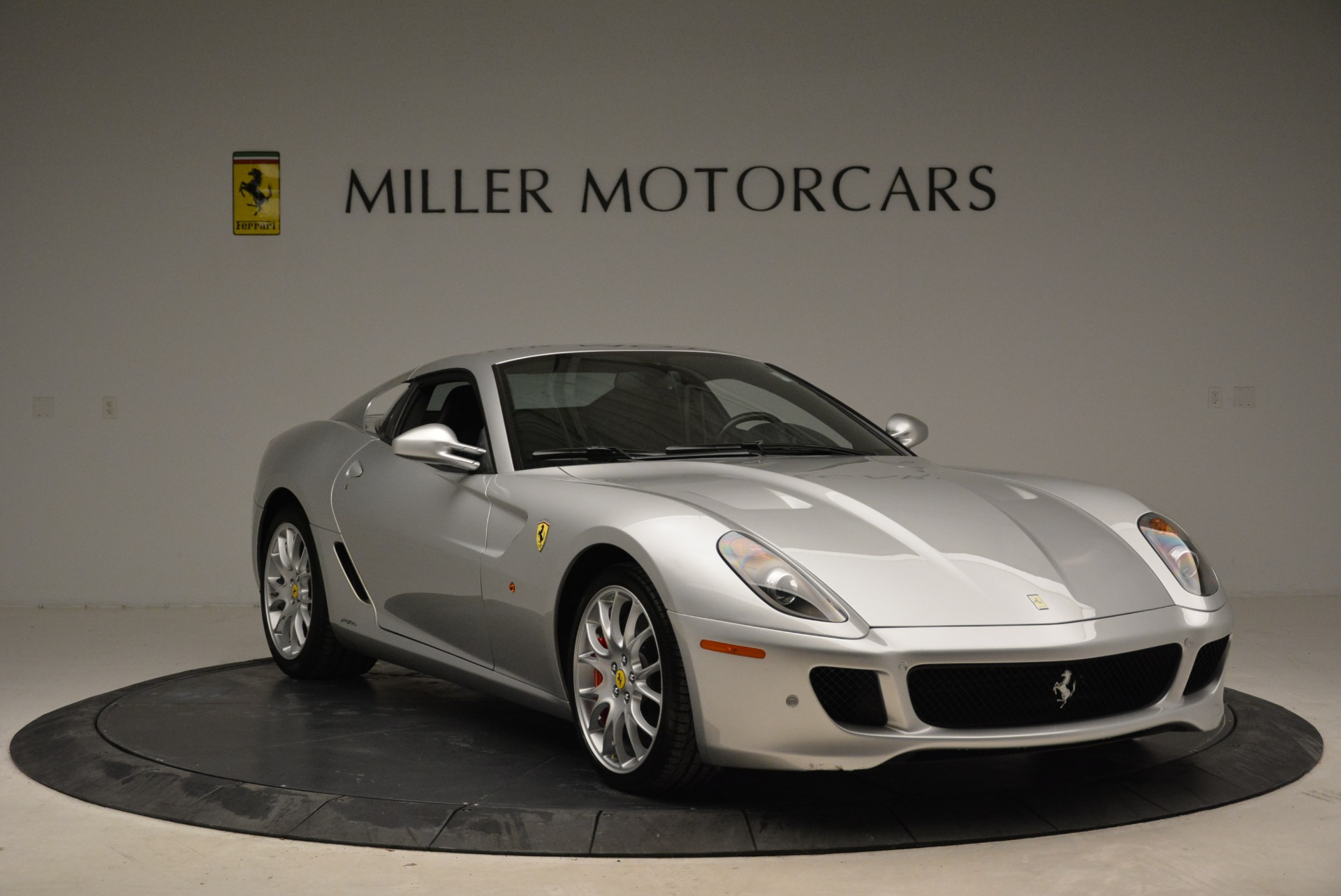 Used 2010 Ferrari 599 GTB Fiorano  For Sale In Westport, CT 1956_p11