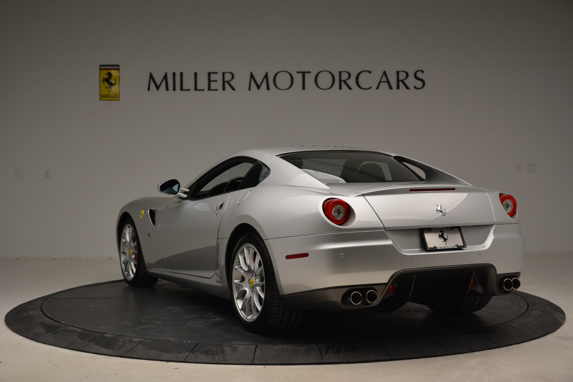 Used 2010 Ferrari 599 GTB Fiorano  For Sale In Westport, CT 1956_p5