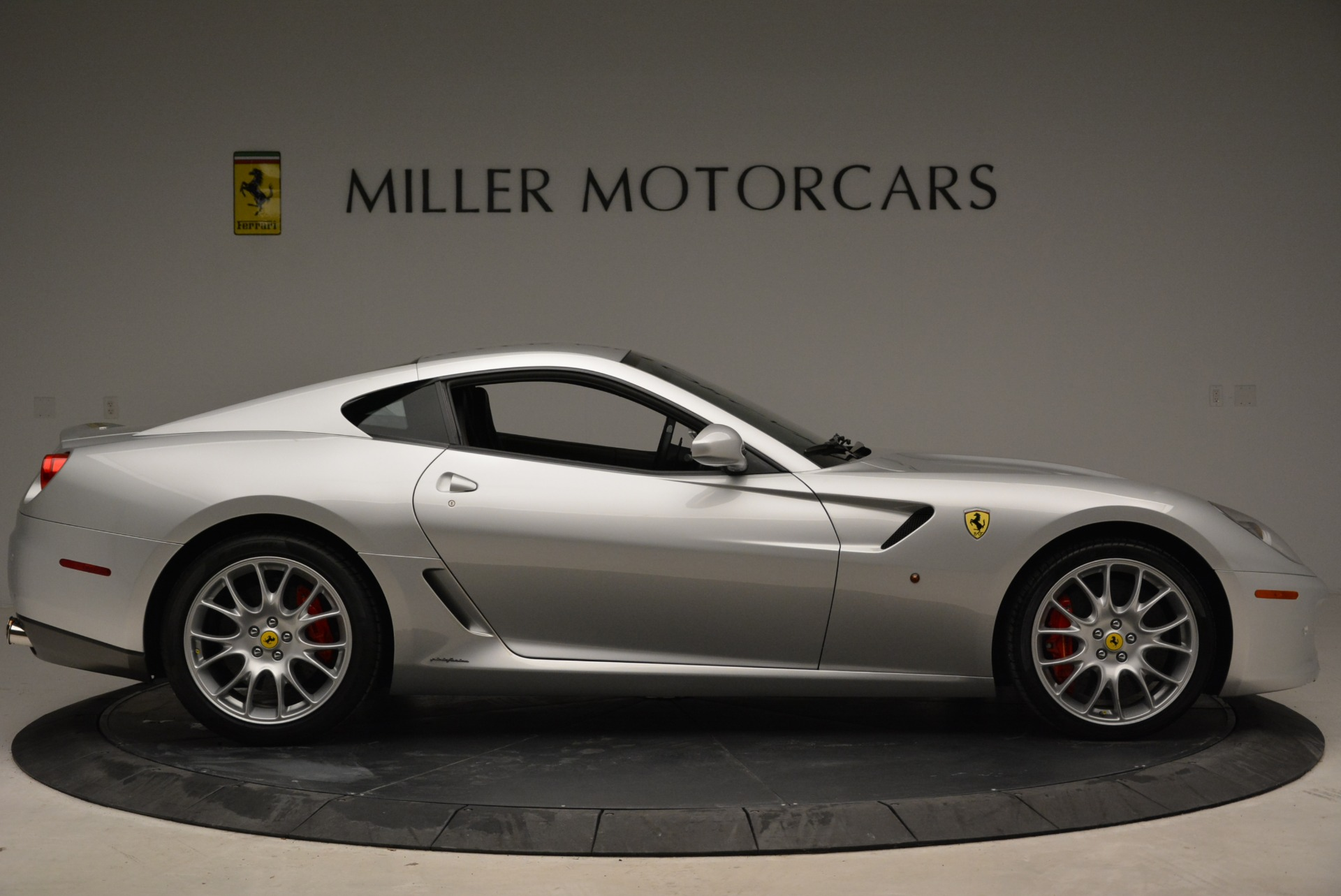 Used 2010 Ferrari 599 GTB Fiorano  For Sale In Westport, CT 1956_p9